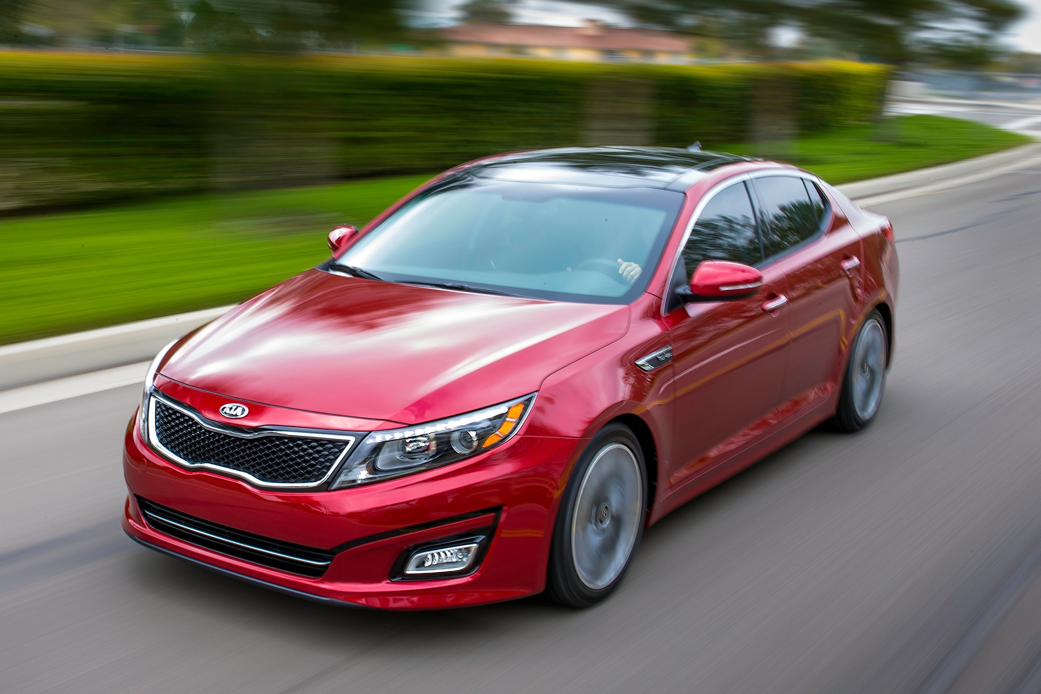 2014 Kia Optima In Motion Three Quarters1
