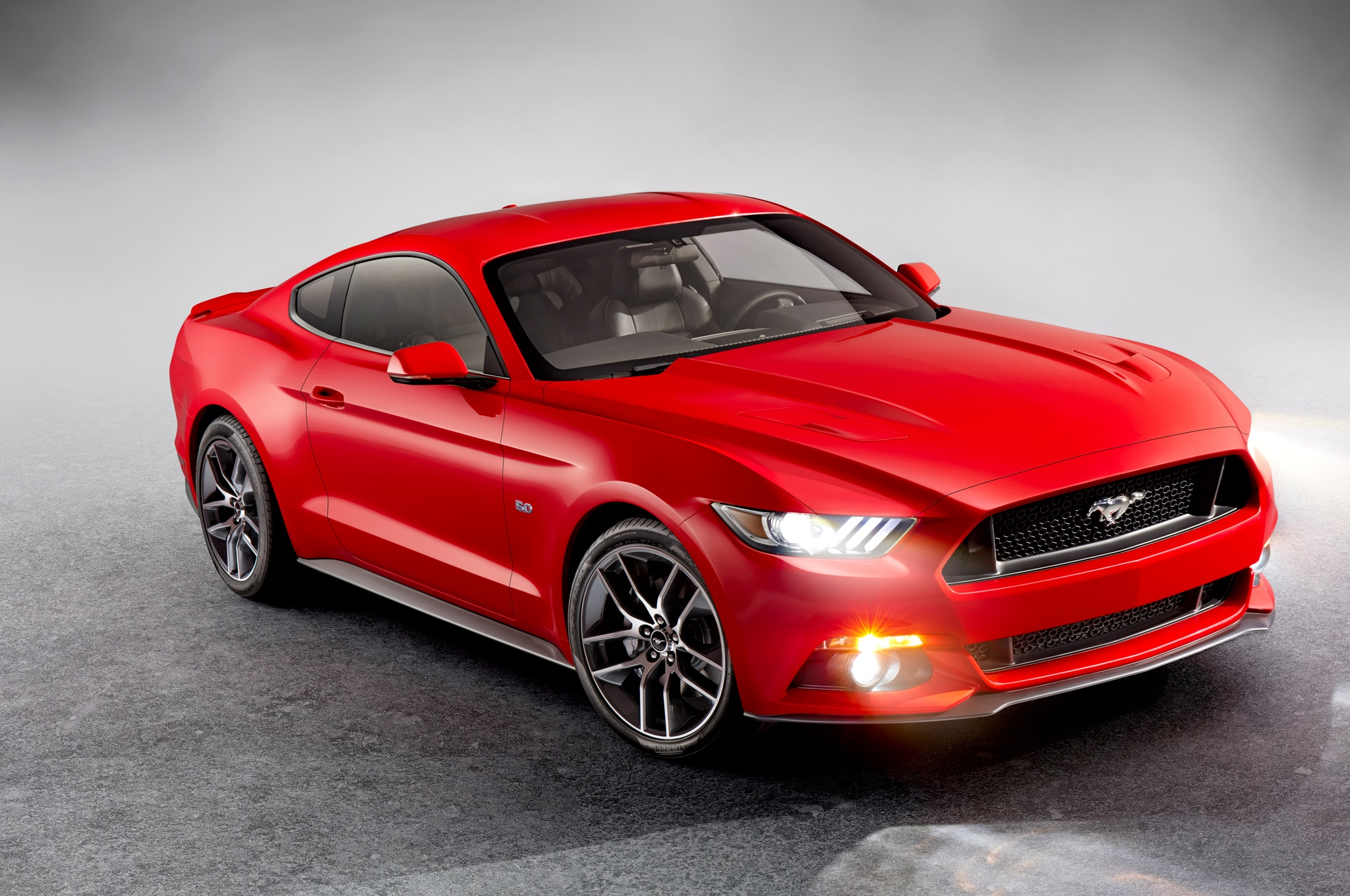 2015 Ford Mustang Front1