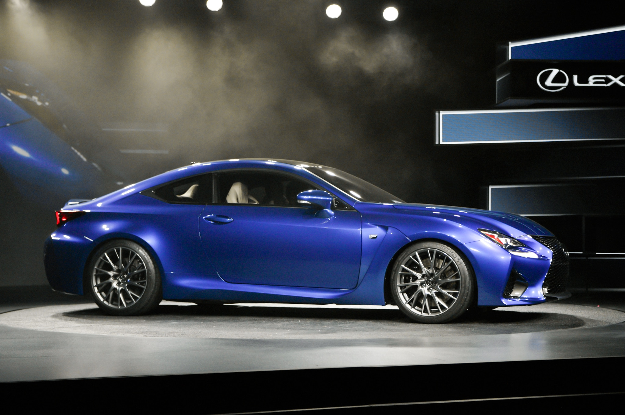 2015 lexus rc f debuts at 2014 detroit auto show automobile magazine. Black Bedroom Furniture Sets. Home Design Ideas