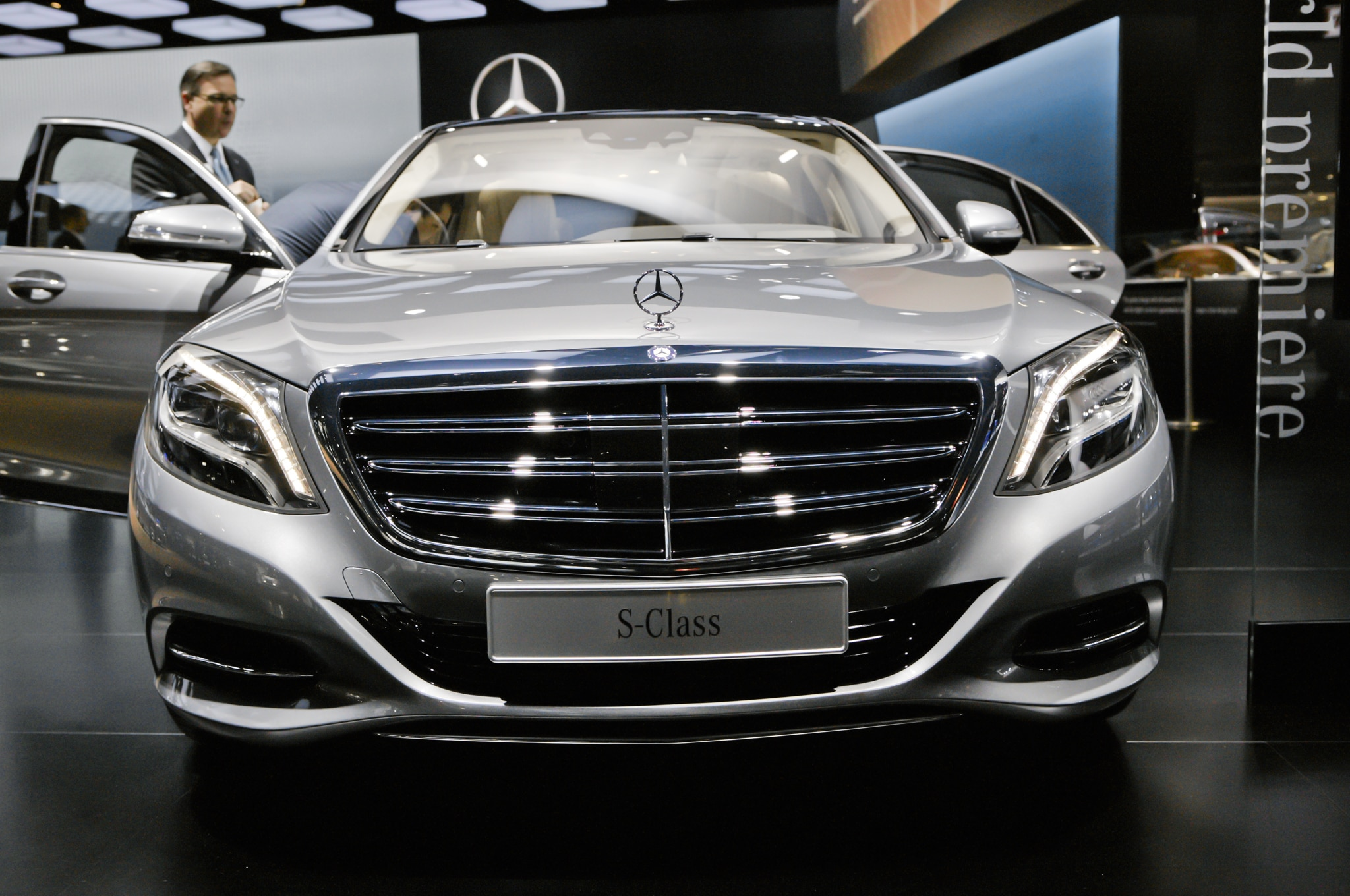 2015 mercedes benz s600 debuts at 2014 detroit auto show for S600 mercedes benz