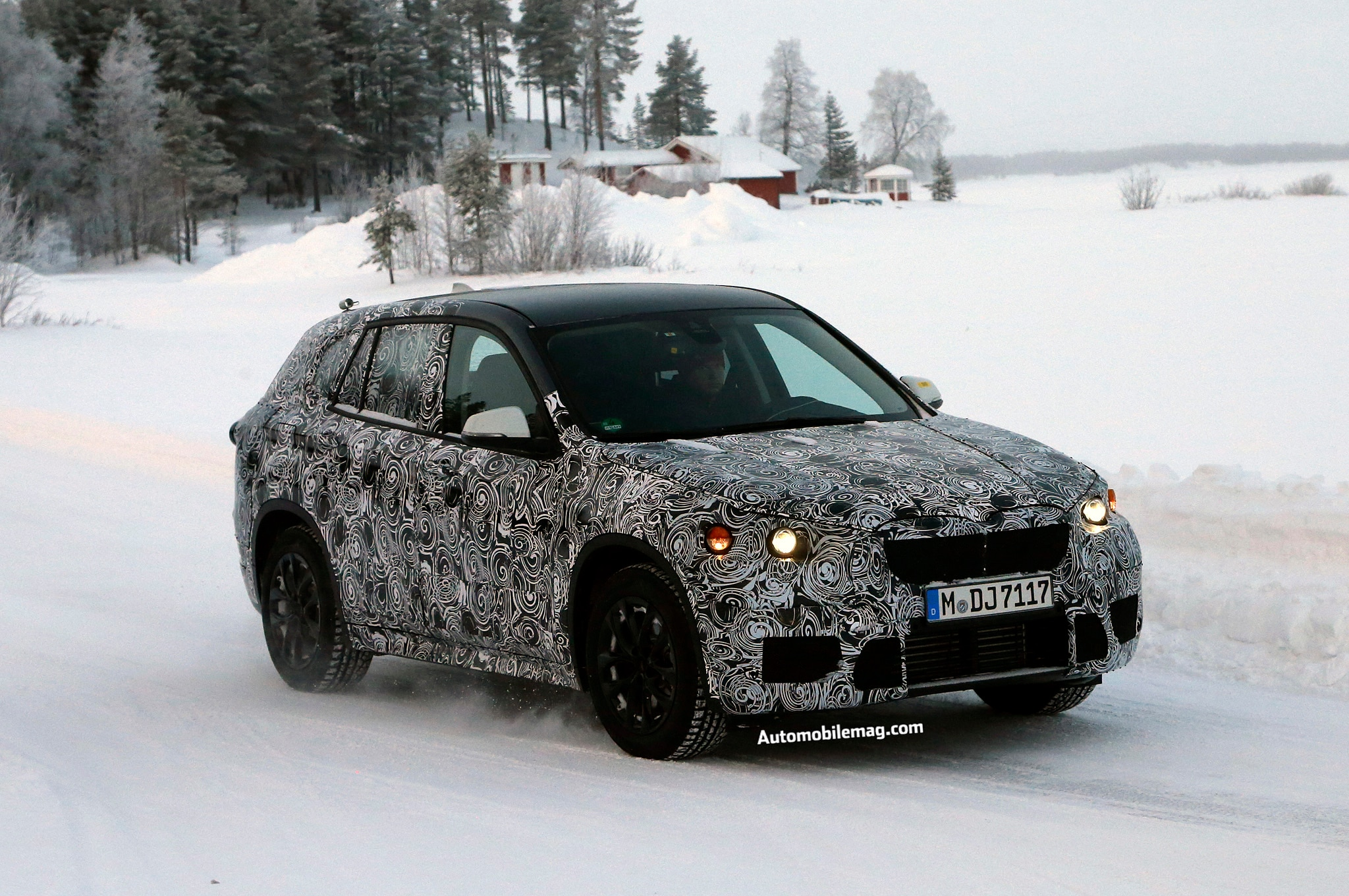 2016 BMW X1 Spy Shot Front Three Quarter 21