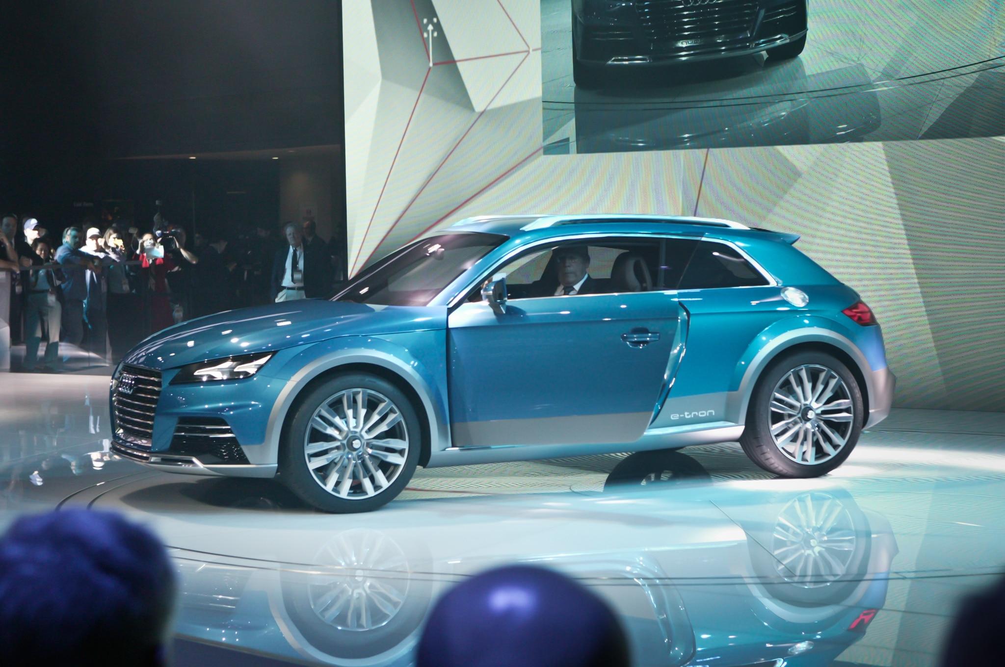 Audi Allroad Shooting Brake Concept Side1
