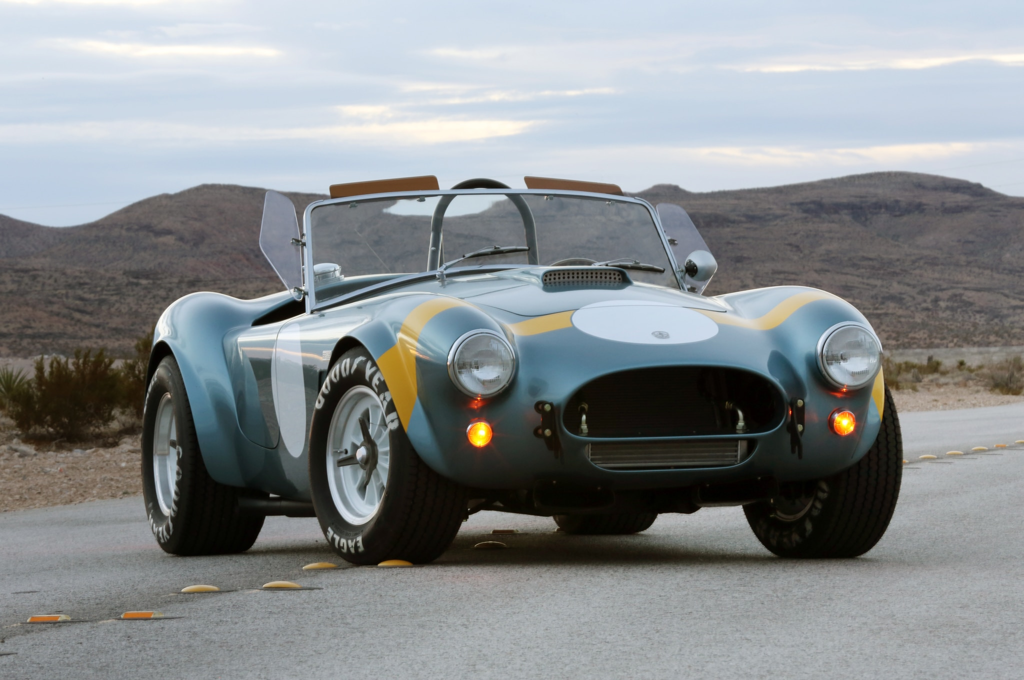 Shelby American 289 FIA Cobra 02 Front Three Quarter