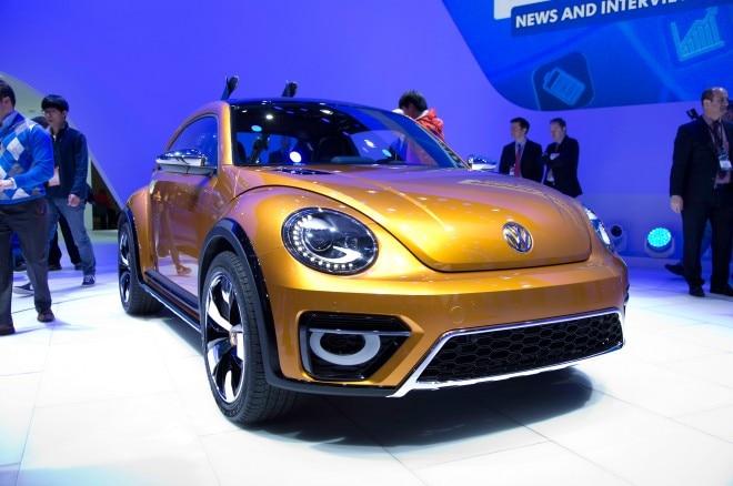 Volkswagen Beetle Dune Concept Front Three Quarter 032 660x438