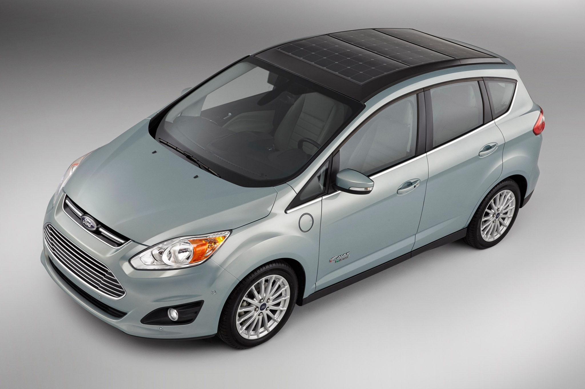 Ford C Max Solar Energi For Ces Front Three Quarter1