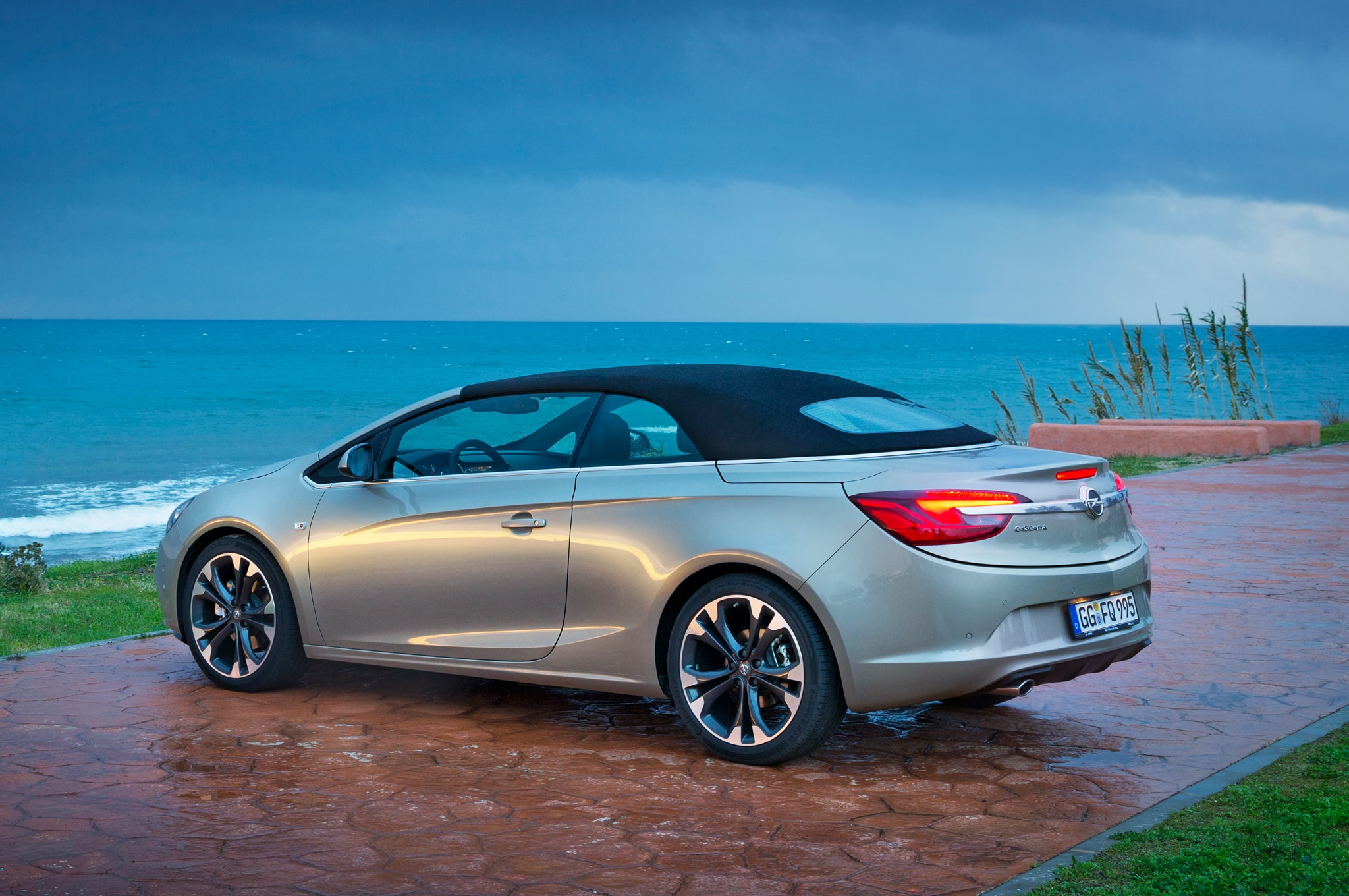 Opel Cascada Left Rear Top Up