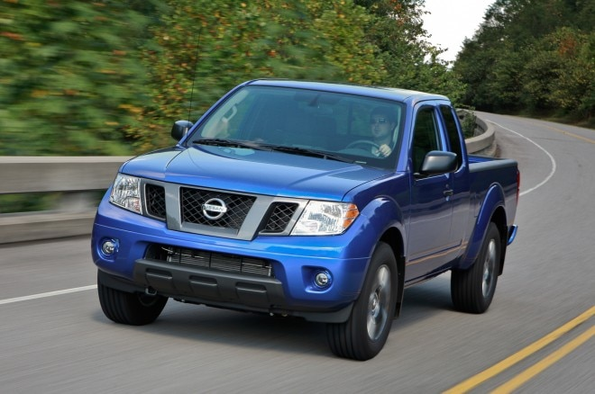 2013 Nissan Frontier King Cab Three Quarters In Motion View1 660x438