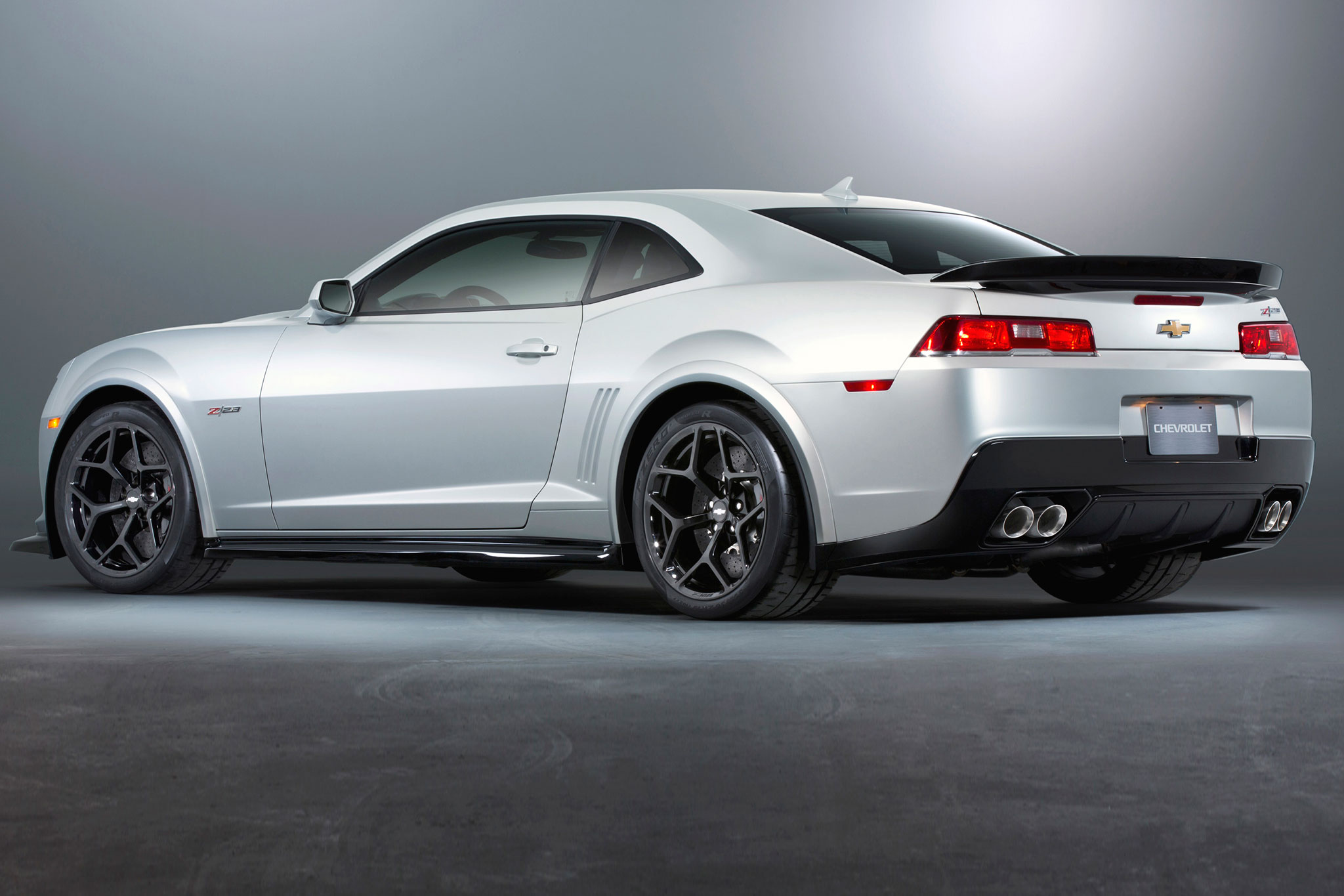 2014 Chevrolet Camaro Z28 Rear Drivers Side View1