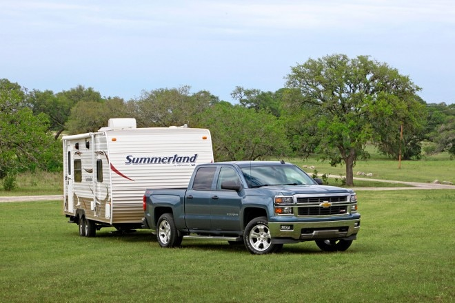2014 Chevrolet Silverado LTZ Front Passengers Side View Trailer1 660x440