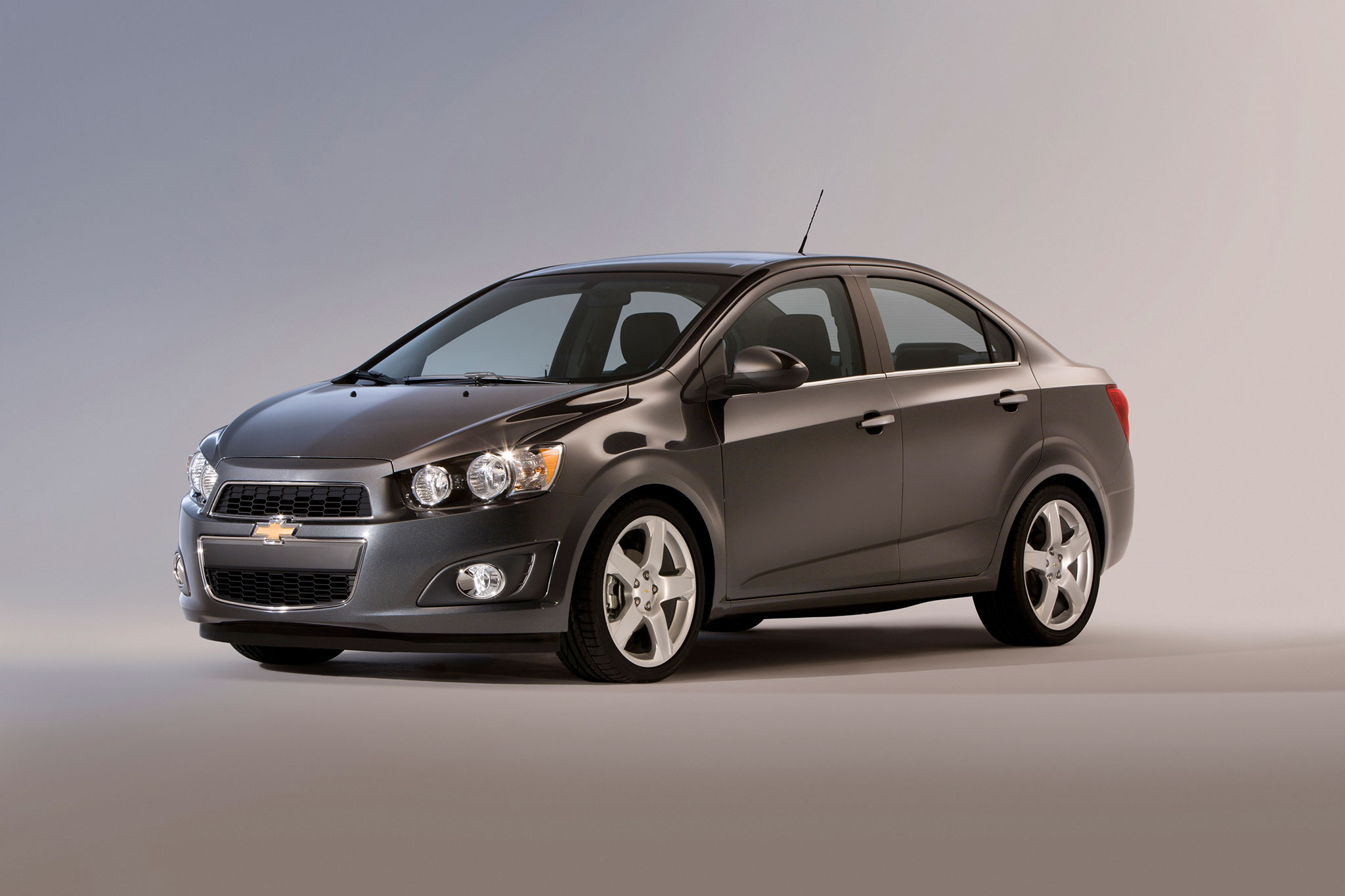 Top Ten Cheapest Cars that Get 40 MPG - Automobile Magazine