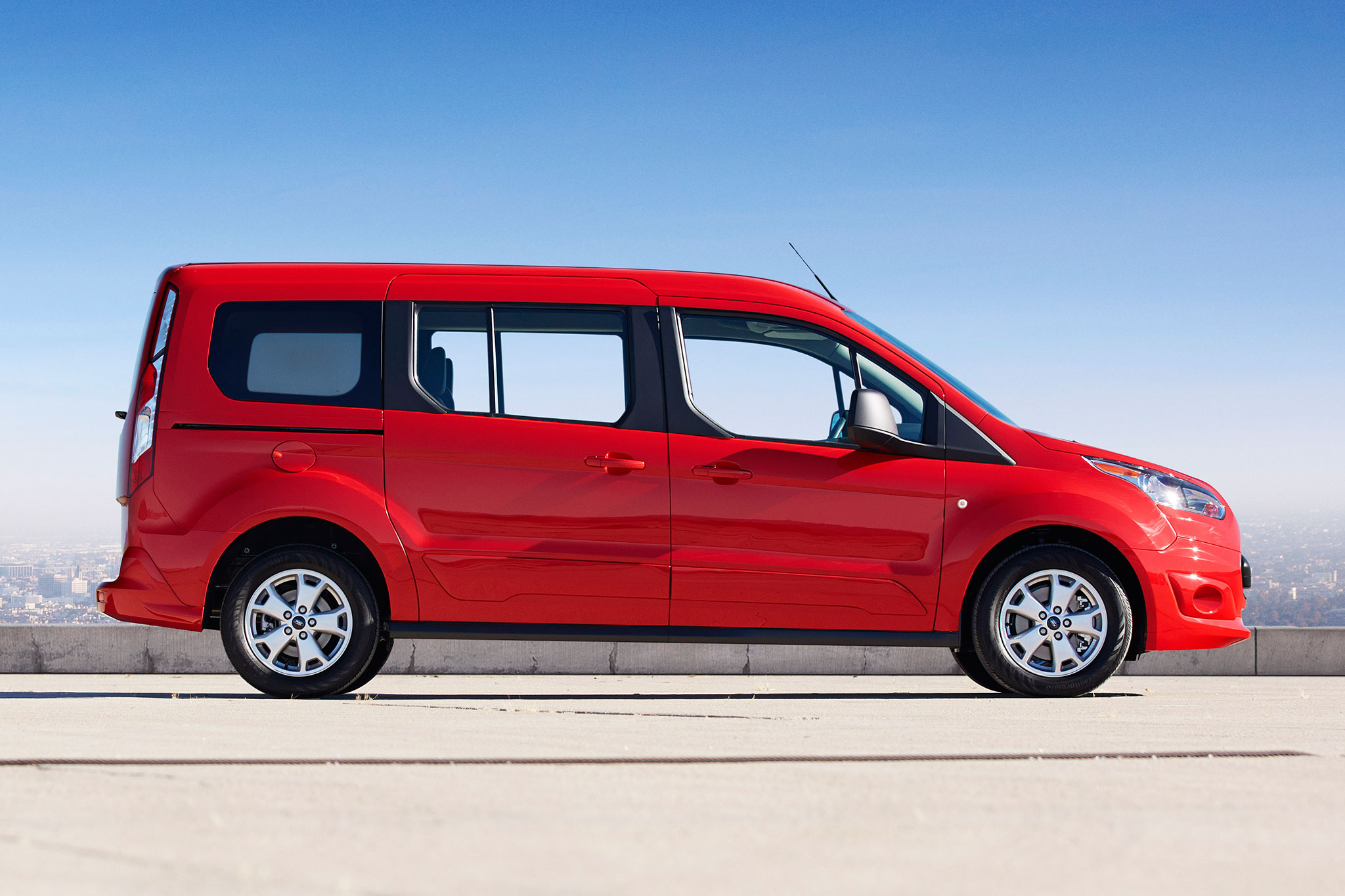 2014 Ford Transit Connect Wagon Profile Passengers Side1
