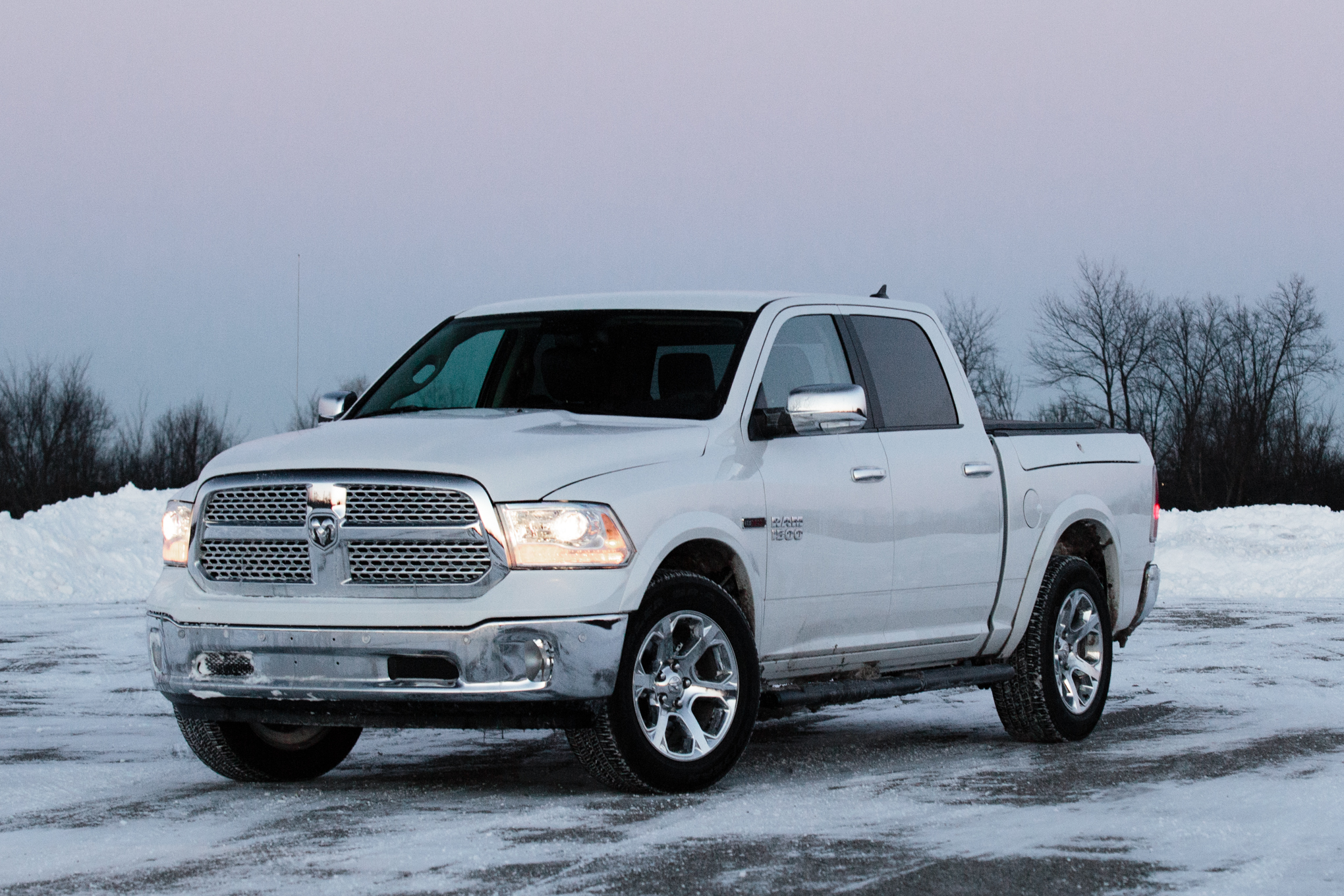 2014 ram 1500 ecodiesel around the block automobile magazine. Black Bedroom Furniture Sets. Home Design Ideas