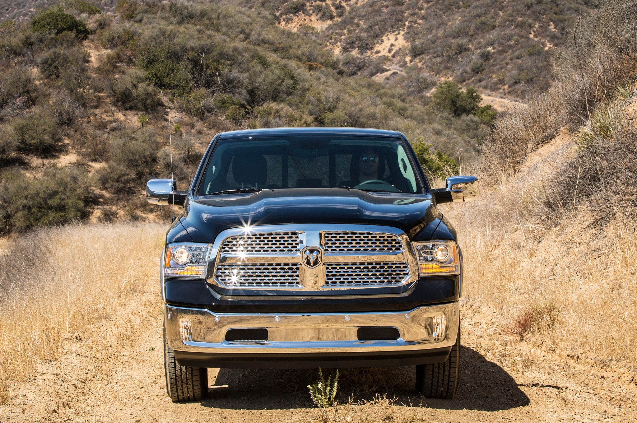 2014 ram 1500 ecodiesel epa rated at 28 mpg highway. Black Bedroom Furniture Sets. Home Design Ideas