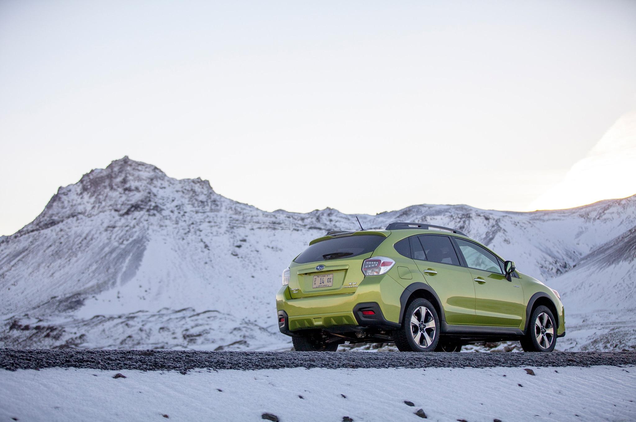 2014 Subaru XV Crosstrek Hybrid Green Rear Three Quarters Static
