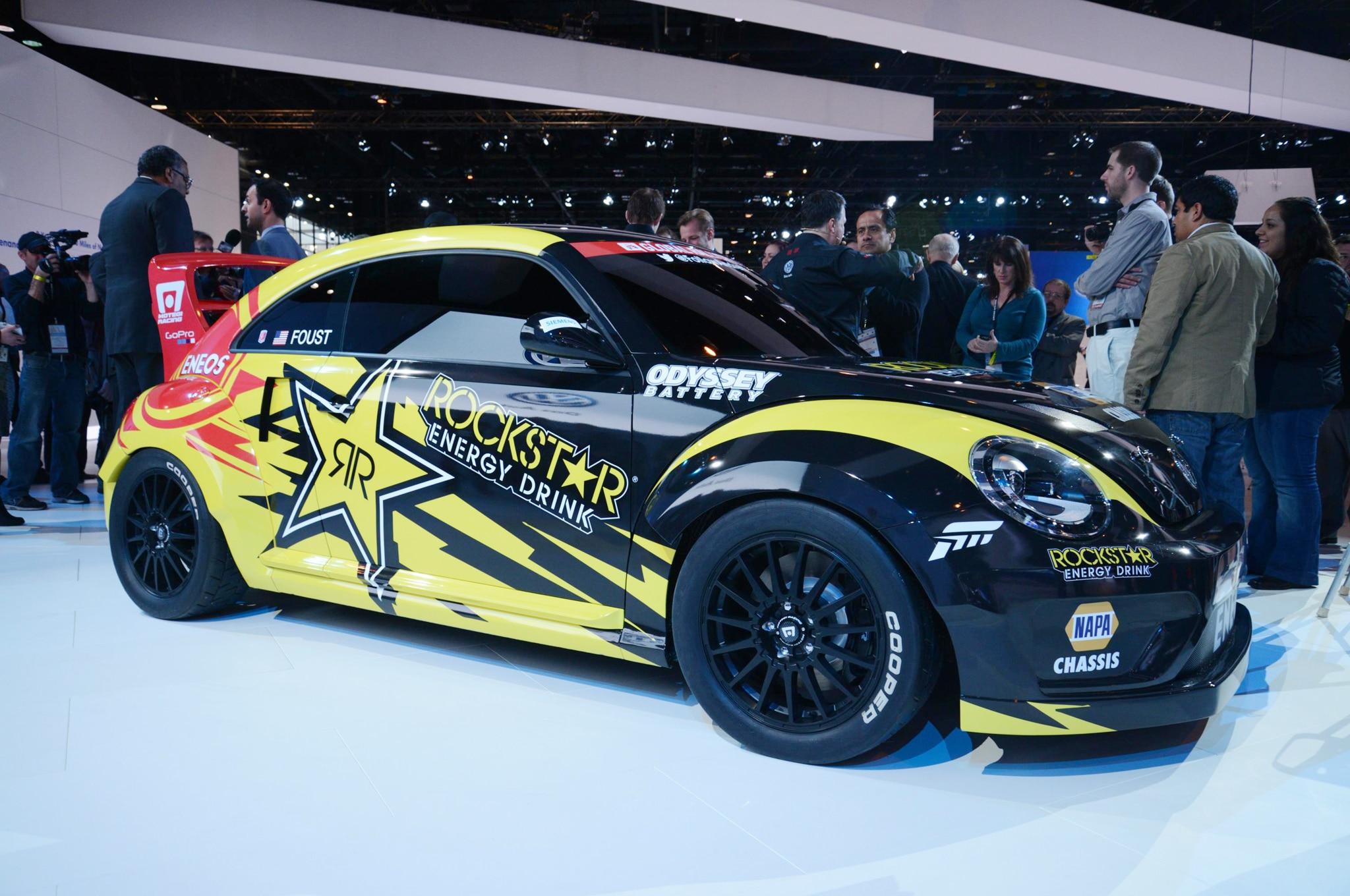 2014 Volkswagen GRC Beetle Front Three Quarters