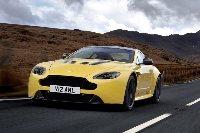 2014 Aston Martin V12 Vantage S Three Quarters View 11 660x440