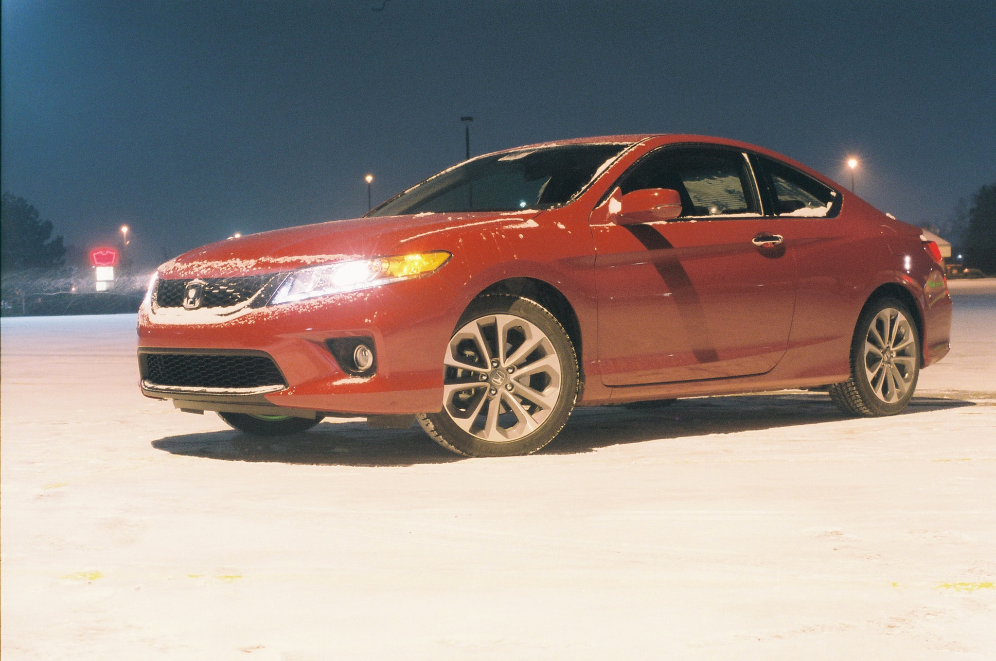 2014 Honda Accord Coupe V6 Front Three Quarters Snow