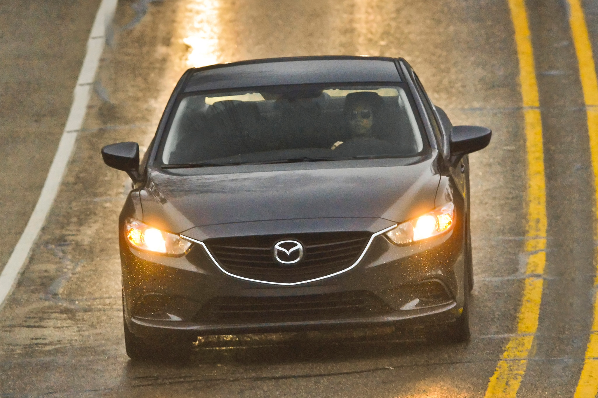 2014 Mazda6 Sport Front View 11