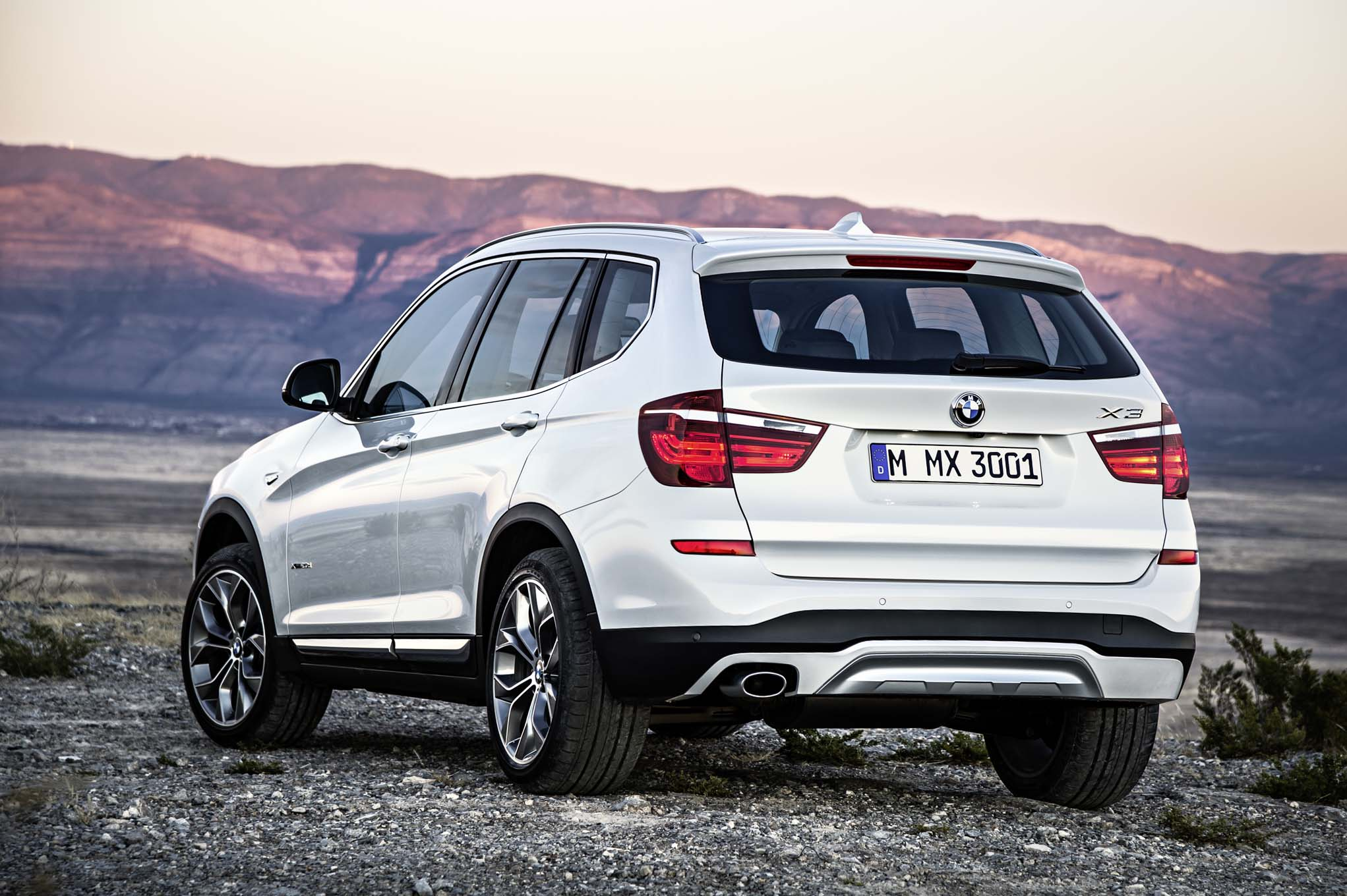 specifications en full xdrive the x tv guide bmw motoring technical price car engine