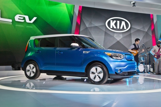 2015 Kia Soul EV Front Three Quarter 660x438