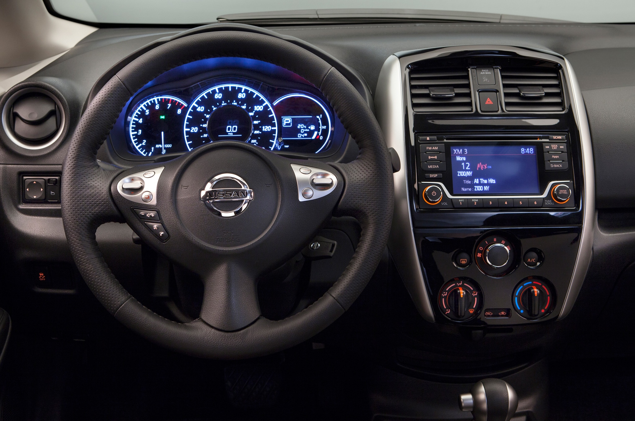2015 nissan versa note sr debuts at 2014 chicago auto show show more vanachro Choice Image