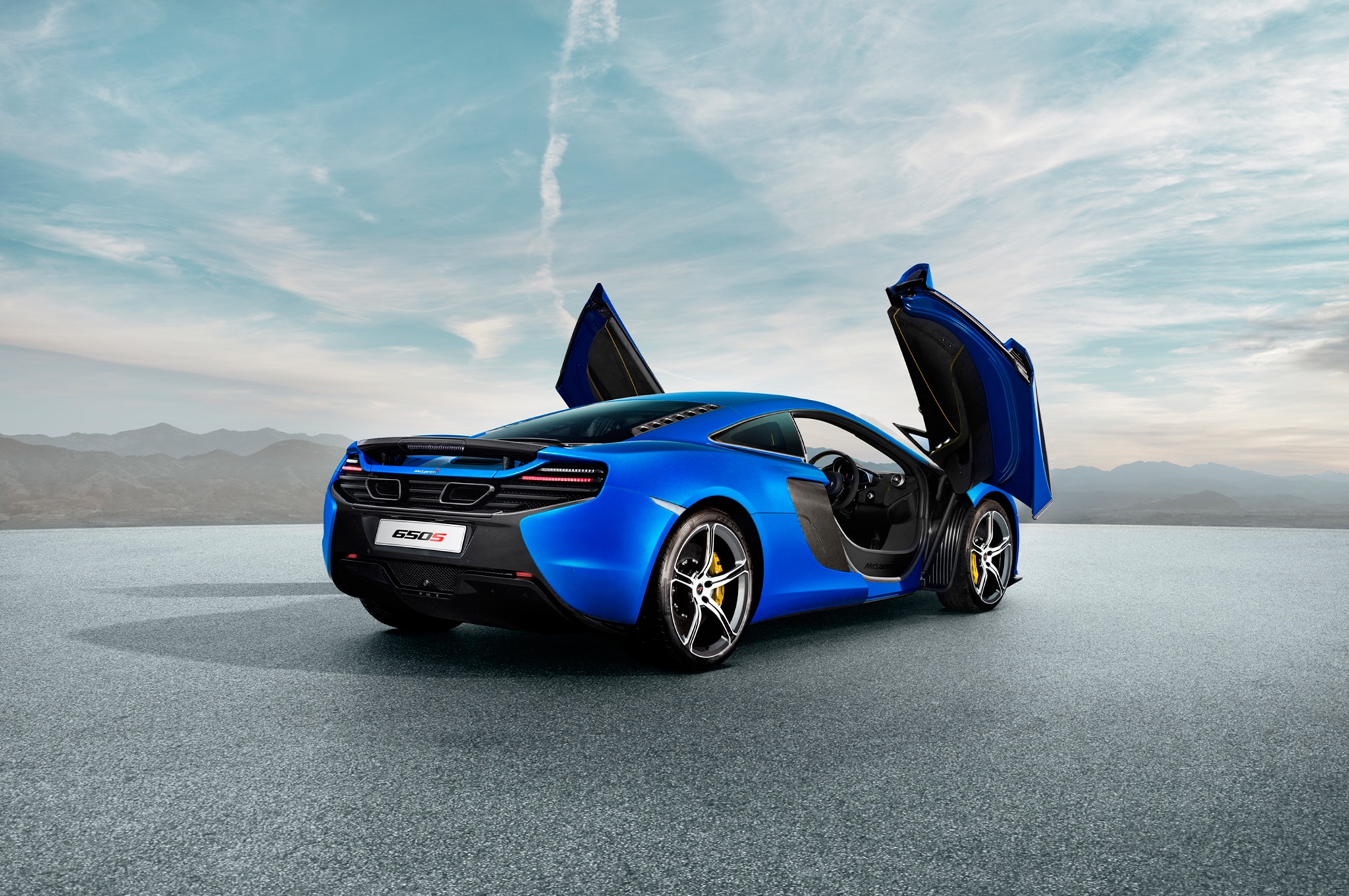 2015 Mclaren 650s Coupe Rear Three Quarter2
