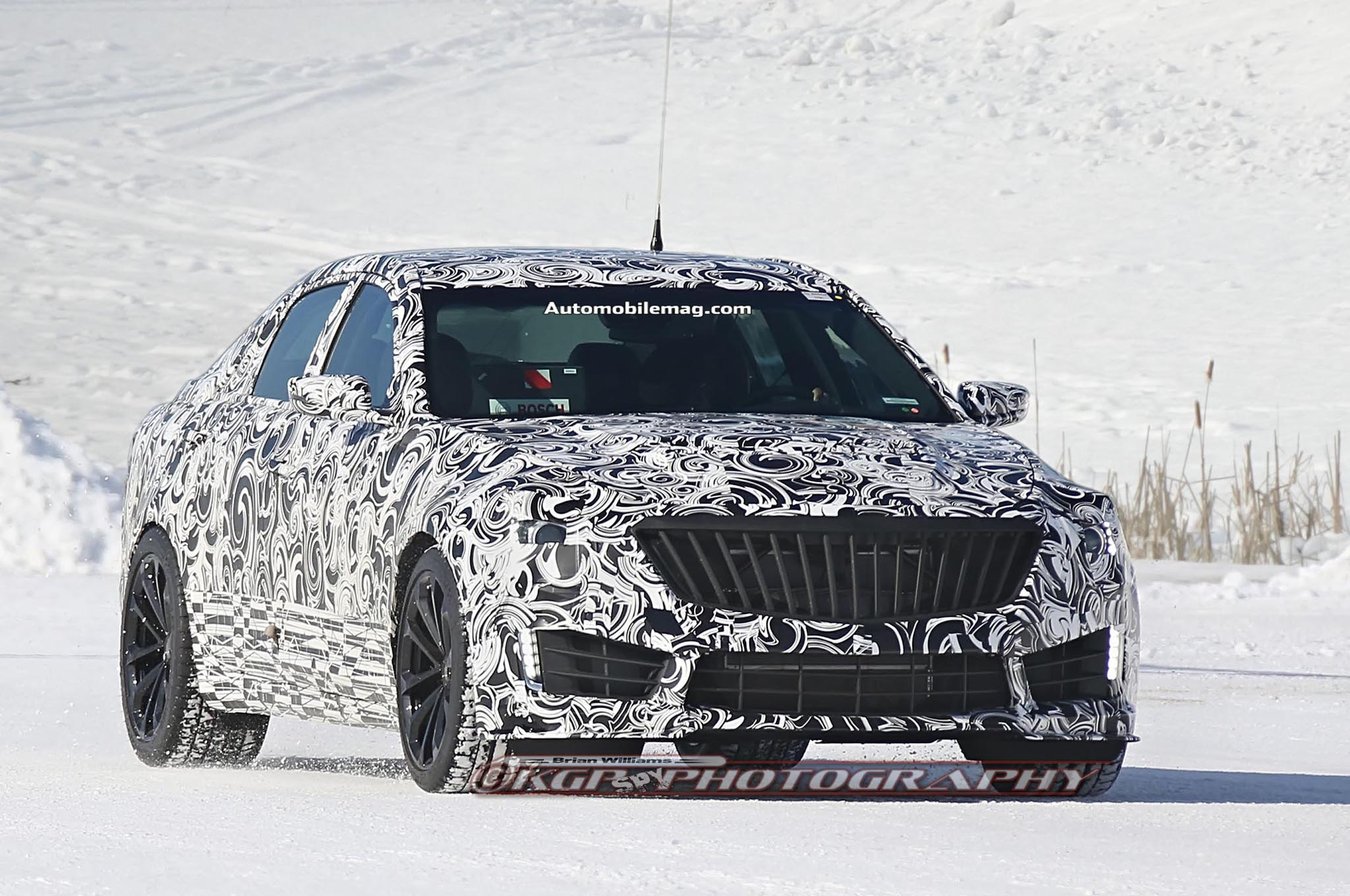 2016 Cadillac Cts V Spied Front Three Quarter 011
