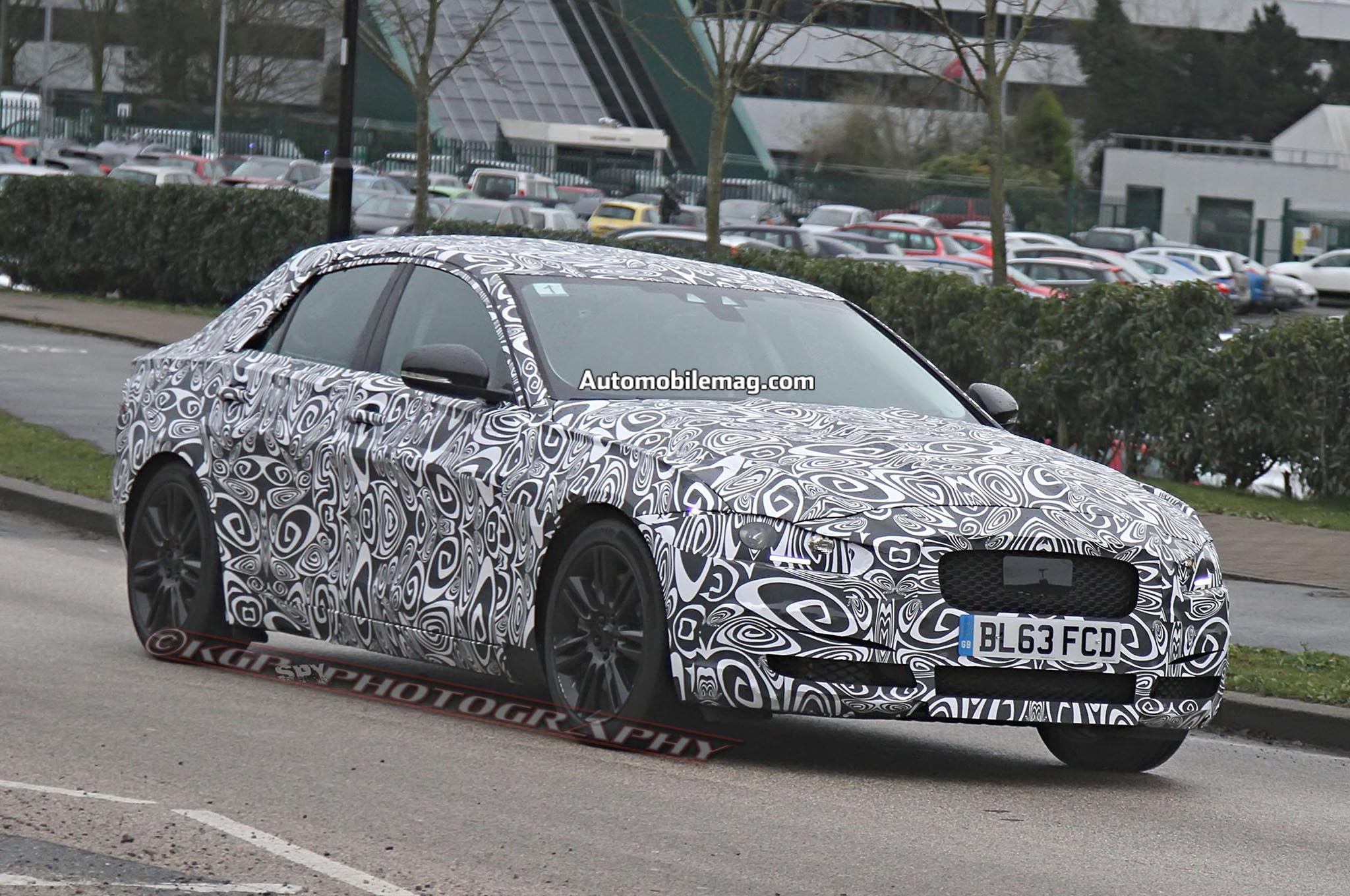 2016 Jaguar Xs Prototype Spied Front Three Quarter 031