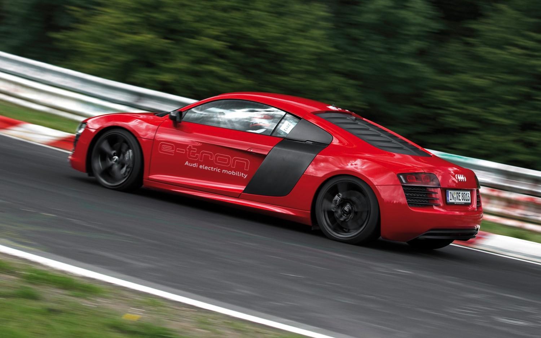 Audi R8 E Tron Rear Three Quarter Track1