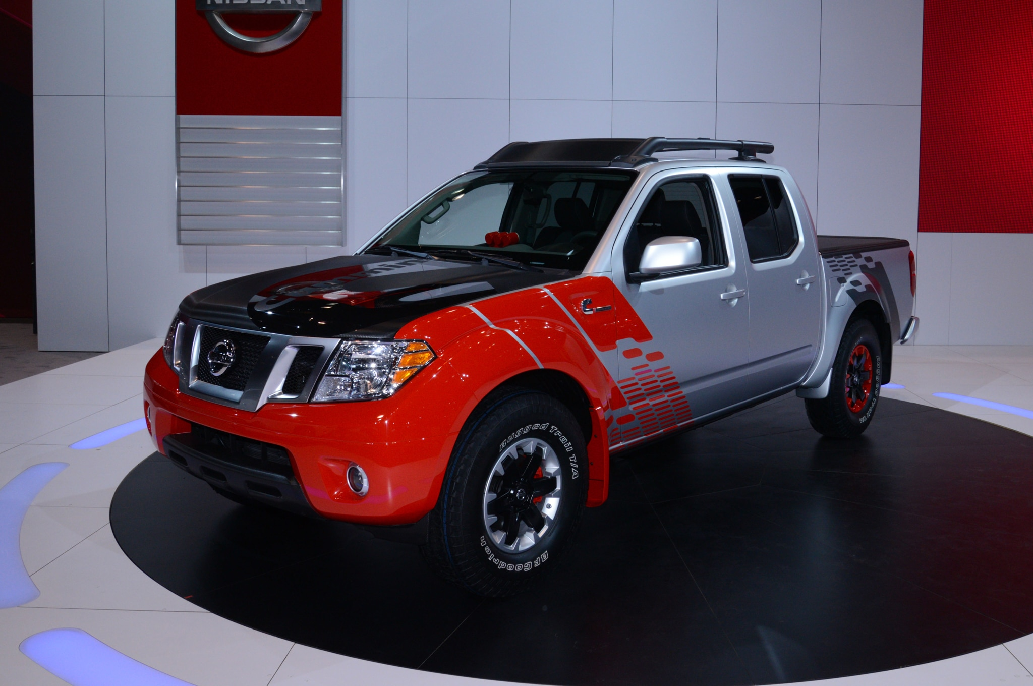 nissan frontier diesel runner concept shown at 2014 chicago auto show automobile magazine. Black Bedroom Furniture Sets. Home Design Ideas