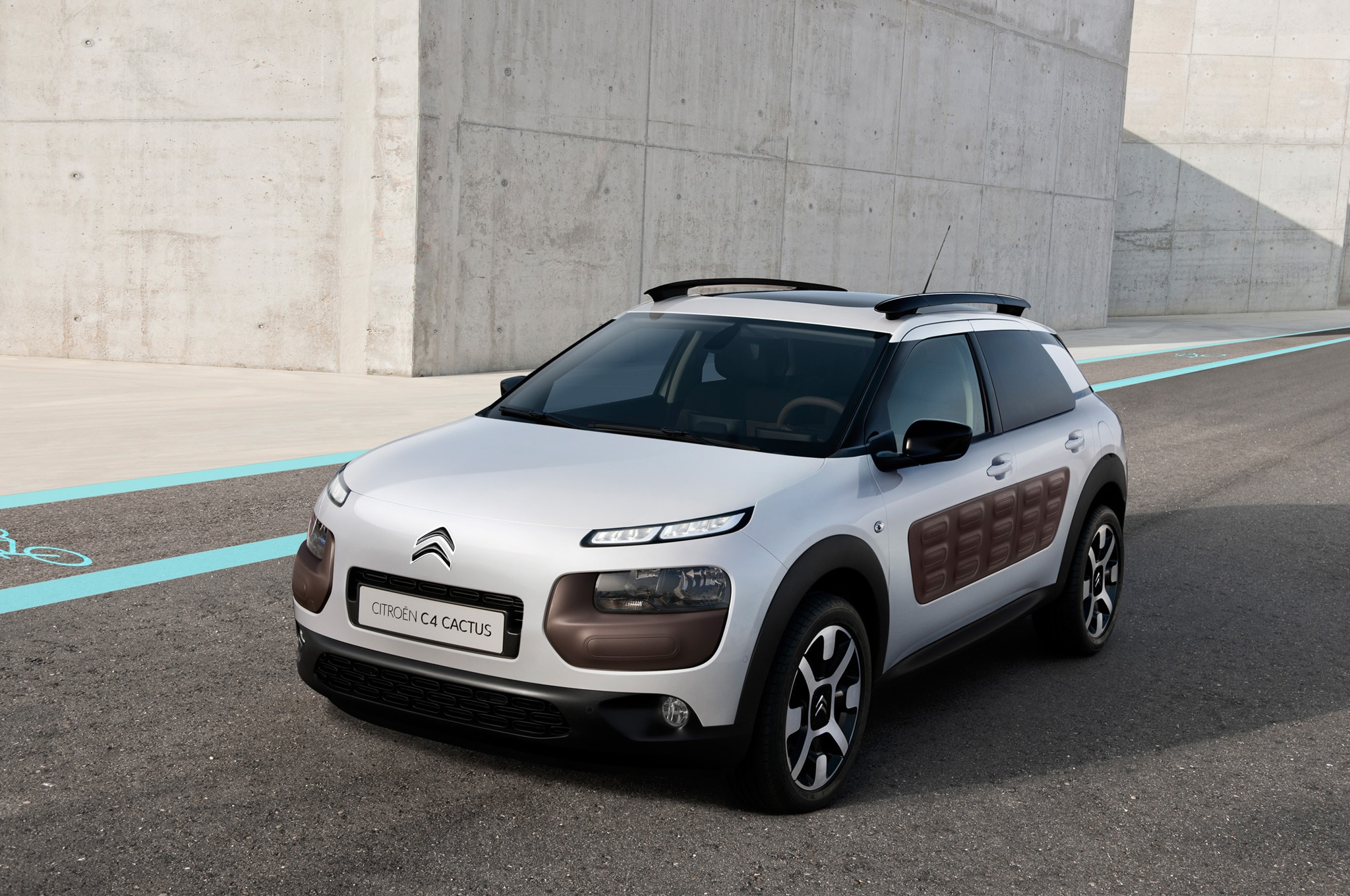 Citroen C4 Cactus Front Three Quarter 241