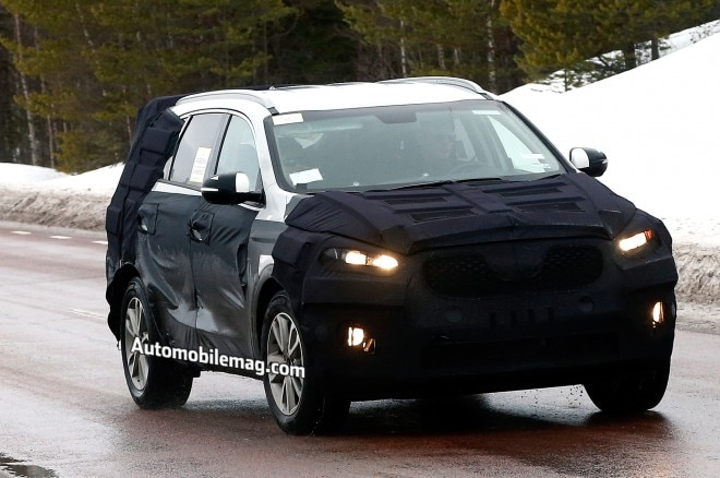Kia Sorento Spied Front Three Quarter 31 660x438