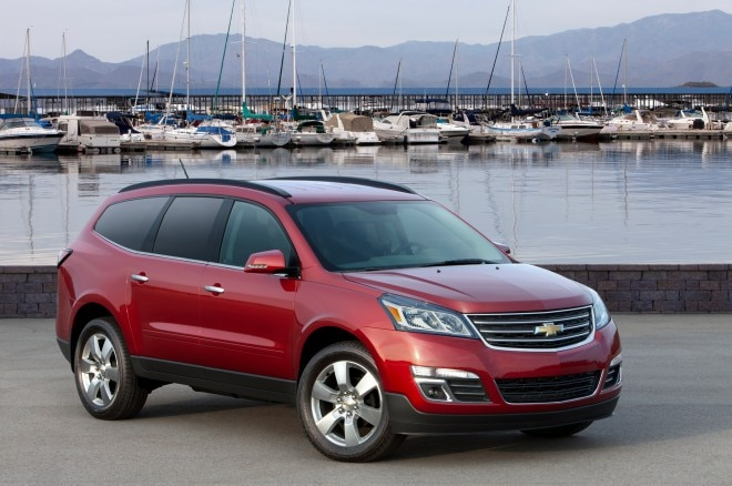 2013 Chevrolet Traverse Three Quarters View1 660x438