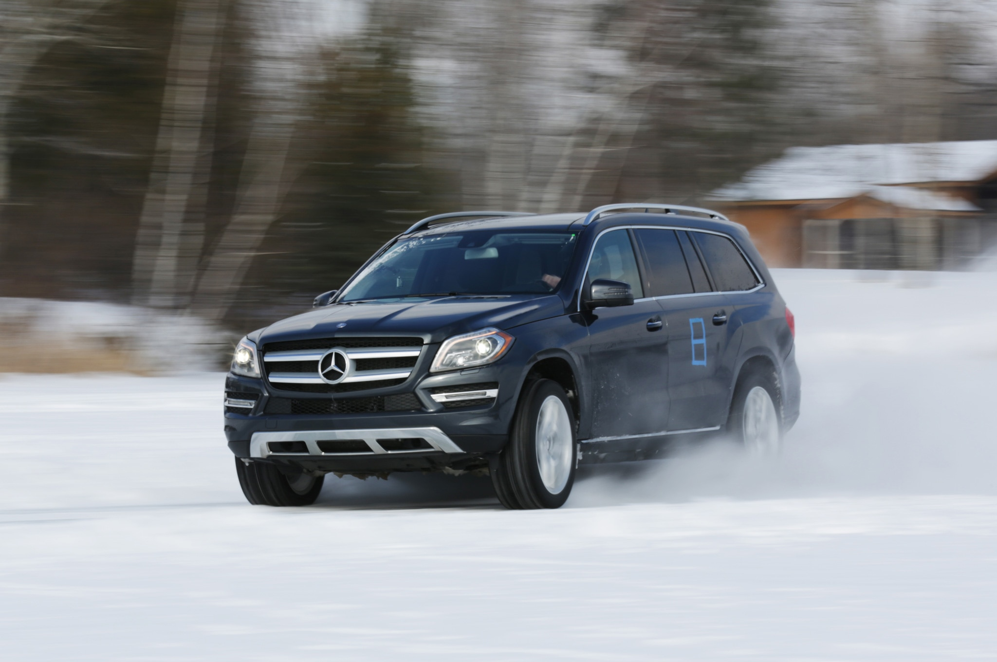 2013 Mercedes Benz GL450 Front Three Quarters View While Drifting1