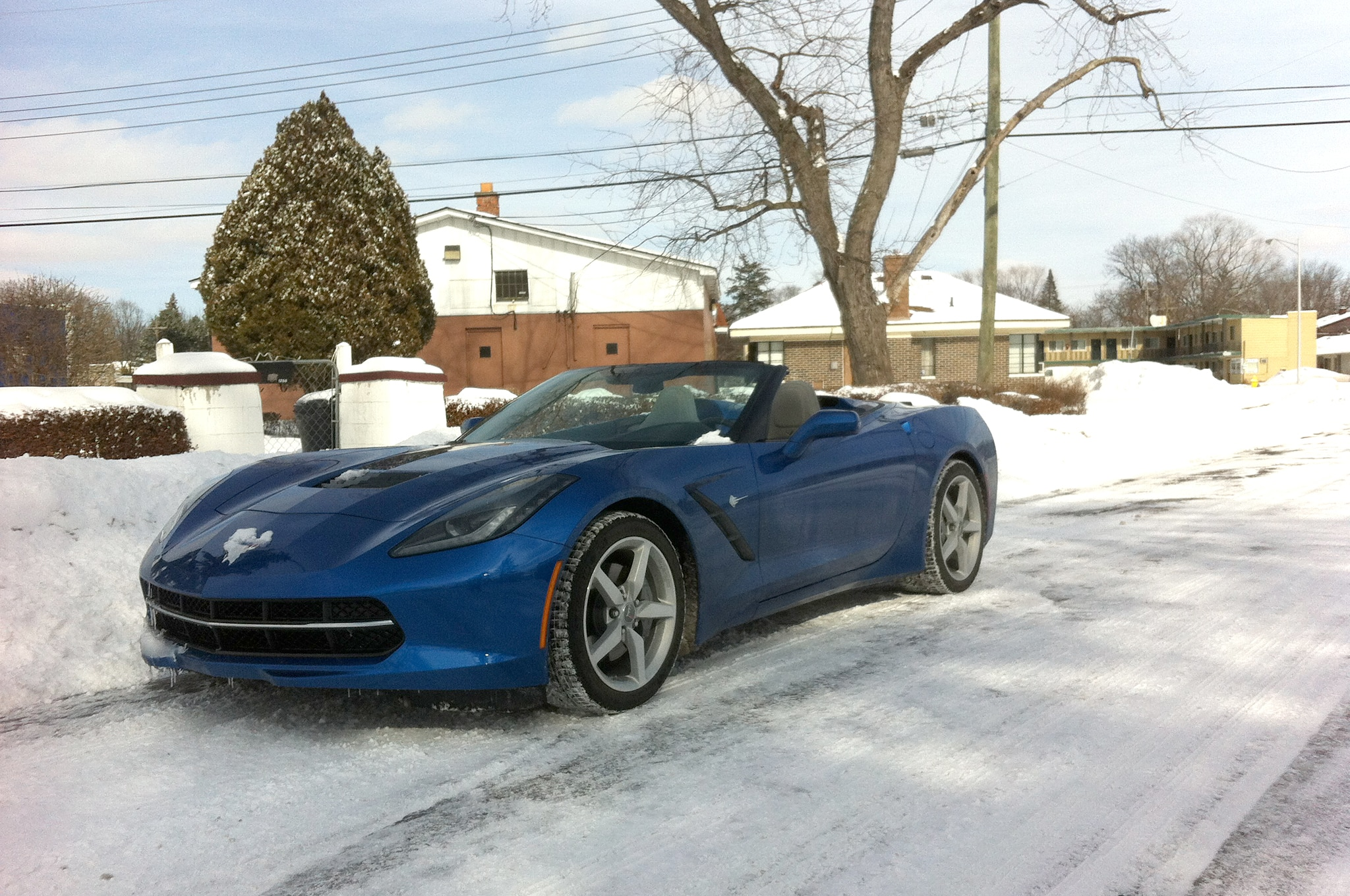 2014 Chevrolet Corvette Stingray Convertible Front Three Quarter Snow1
