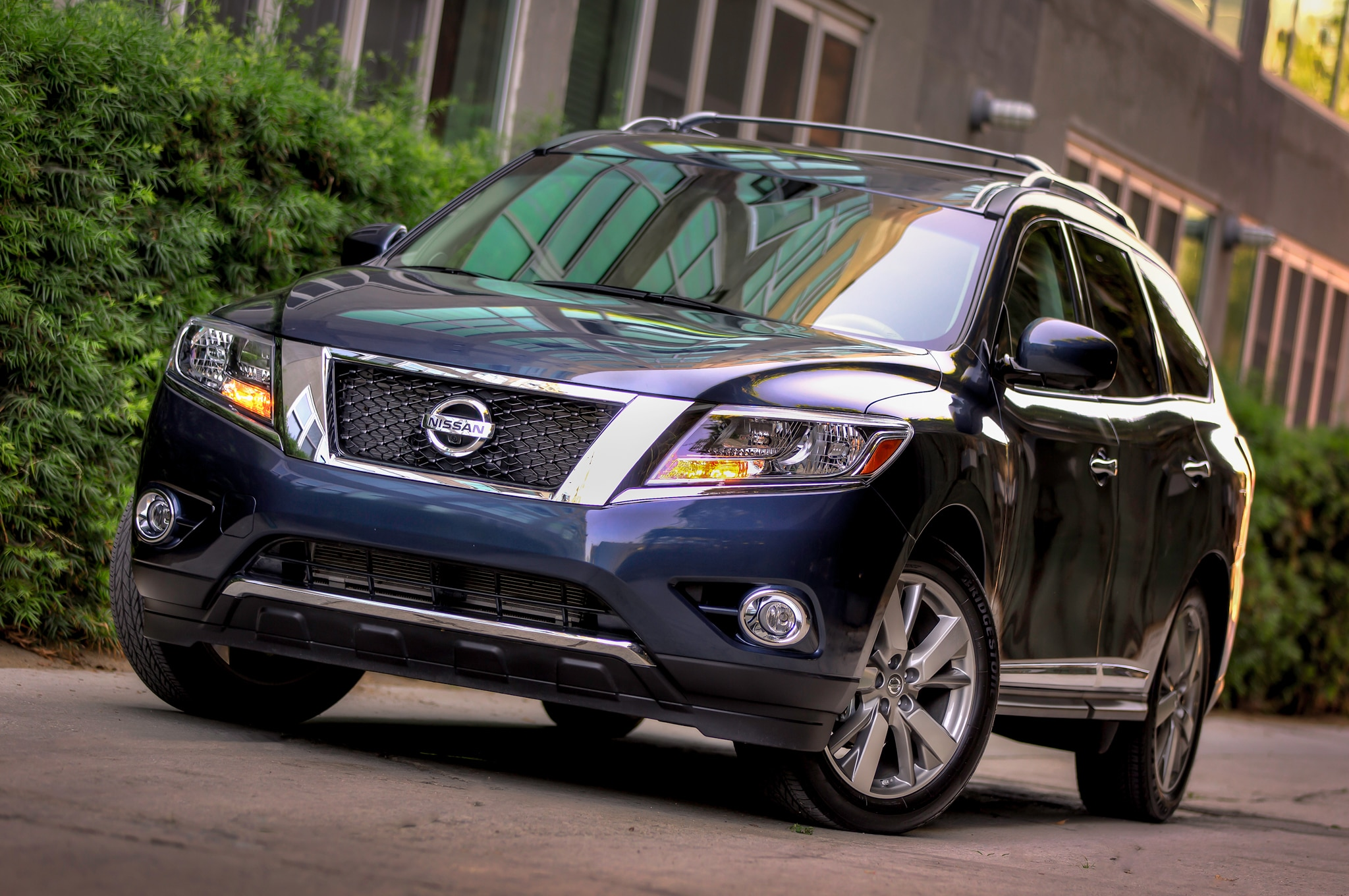 2014 Nissan Pathfinder Front