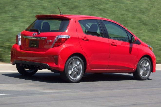 2014 Toyota Yaris SE Rear View In Motion1 660x438