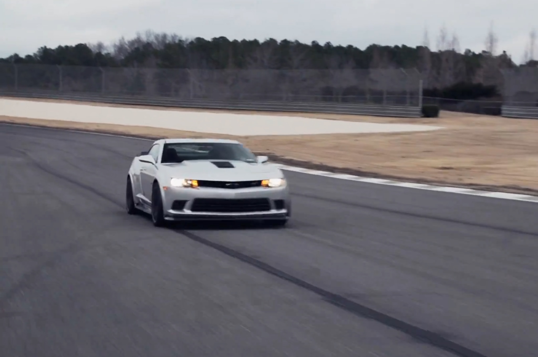 2014 Chevrolet Camaro Z28 Head2head Video