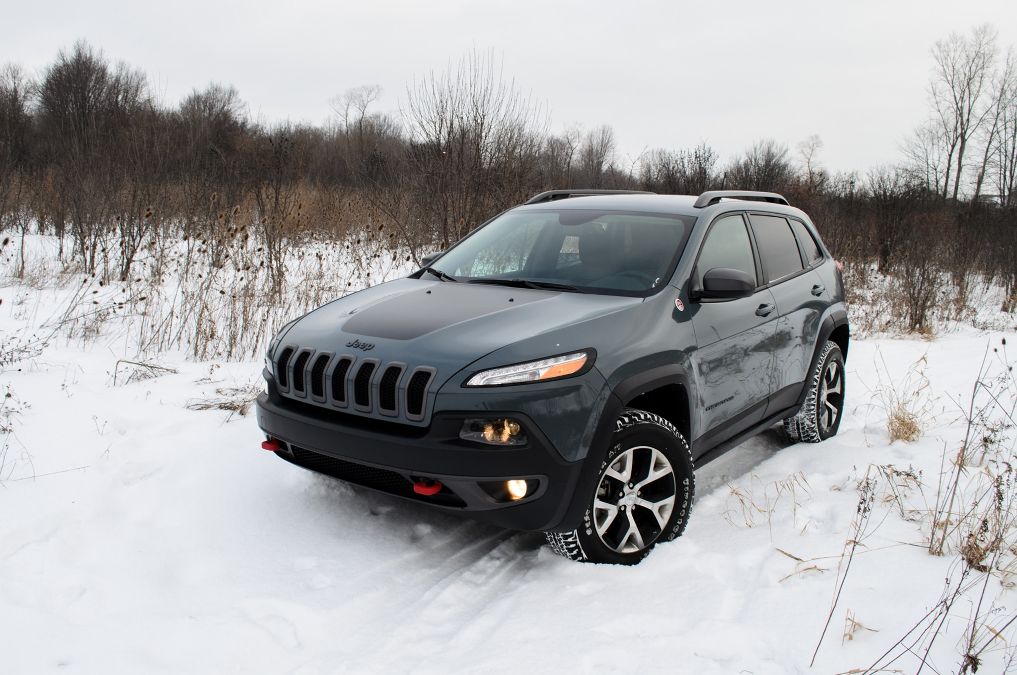 2014 Jeep Cherokee Trailhawk Front Three Quarters