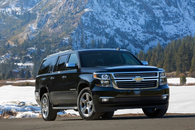 2015 Chevrolet Suburban Front Three Quarter2 660x438