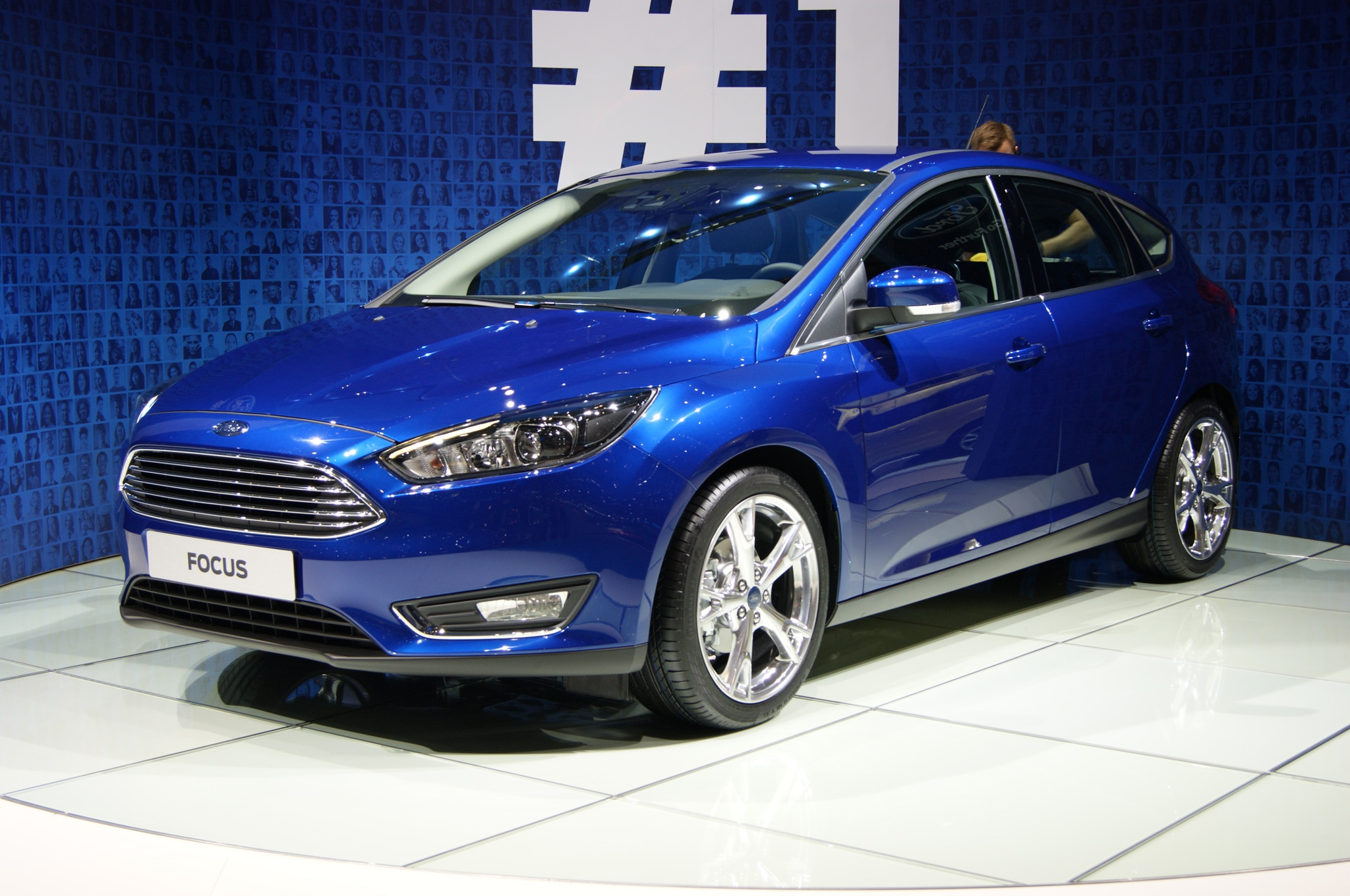 2015 Ford Focus Hatchback At Geneva 2014 Front Side View1