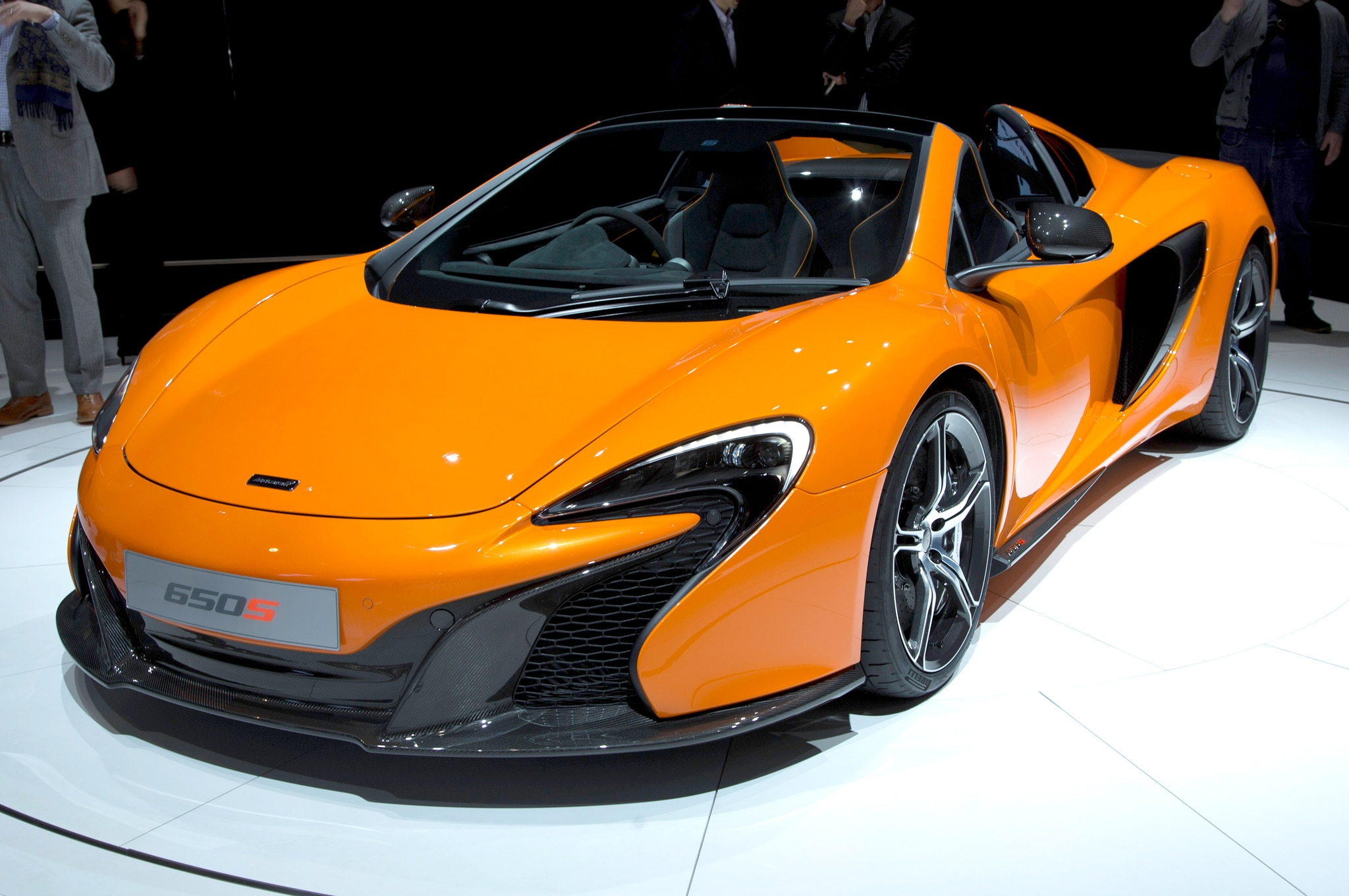 2015 mclaren 650s spider joins coupe in geneva automobile magazine. Black Bedroom Furniture Sets. Home Design Ideas