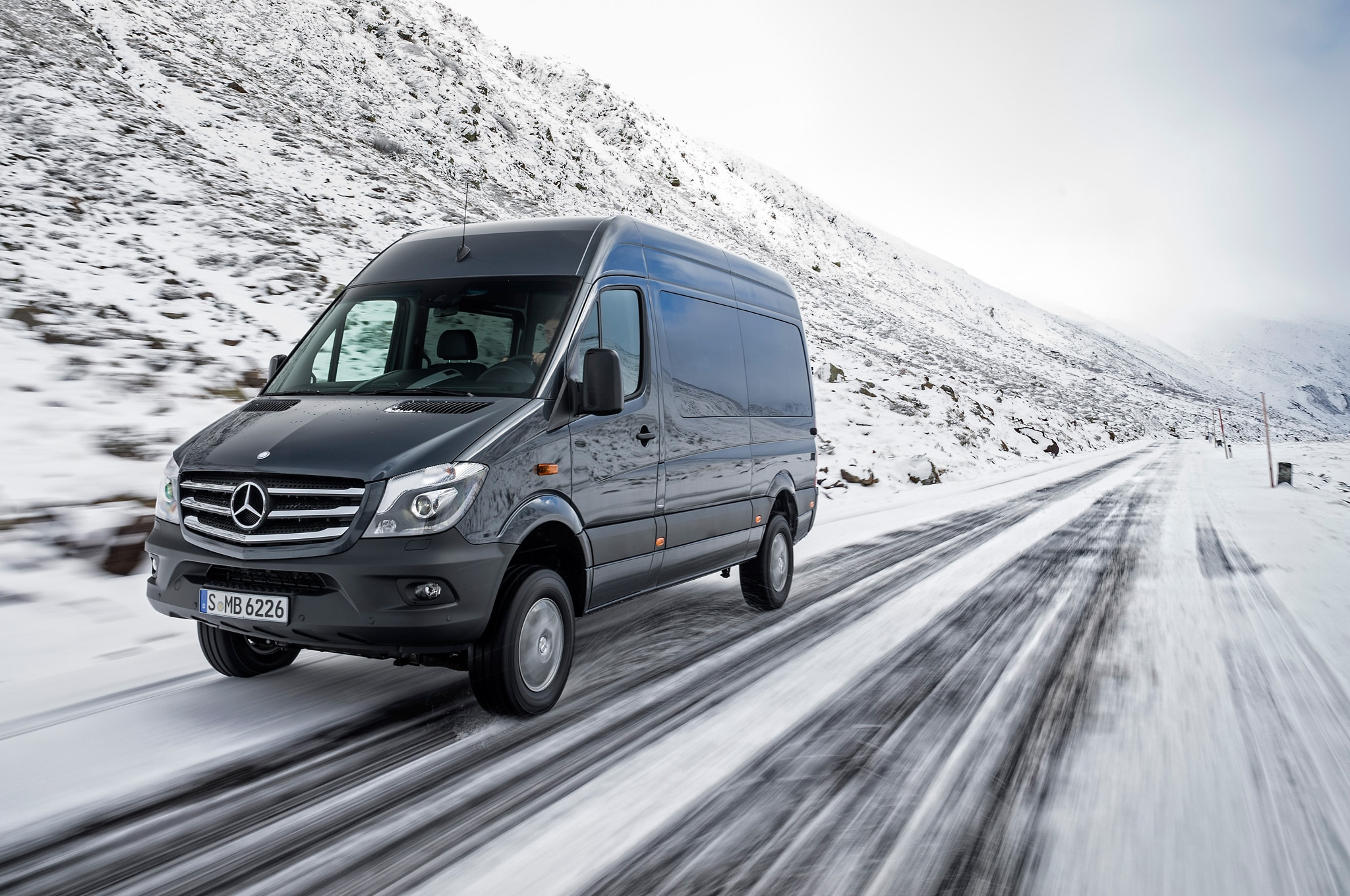 2015 mercedes benz sprinter 4x4 confirmed for u s market automobile magazine. Black Bedroom Furniture Sets. Home Design Ideas