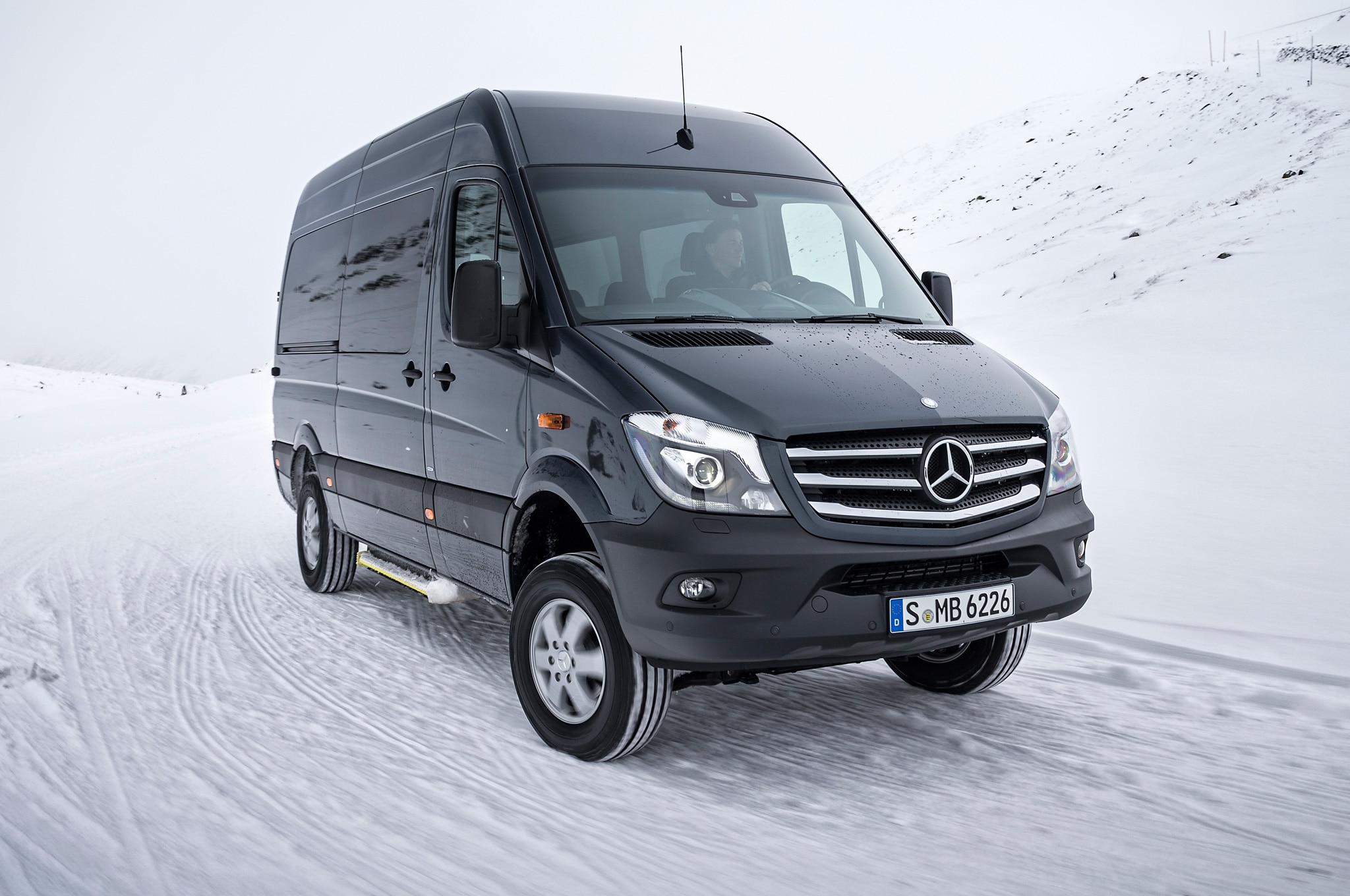 2015 mercedes benz sprinter 4x4 confirmed for u s market for Price of mercedes benz sprinter