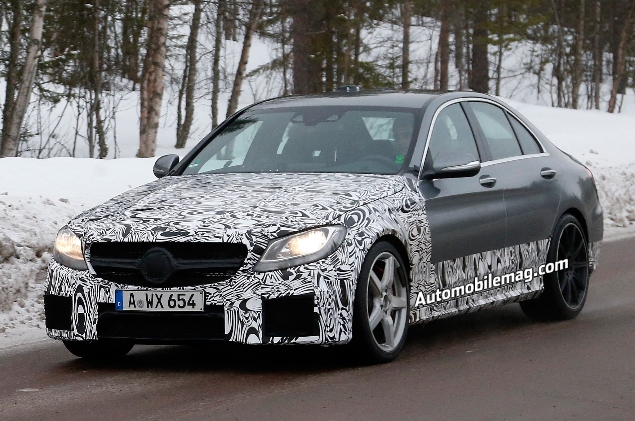 2015 Mercedes Benz C63 Amg Spied Front Three Quarter 21