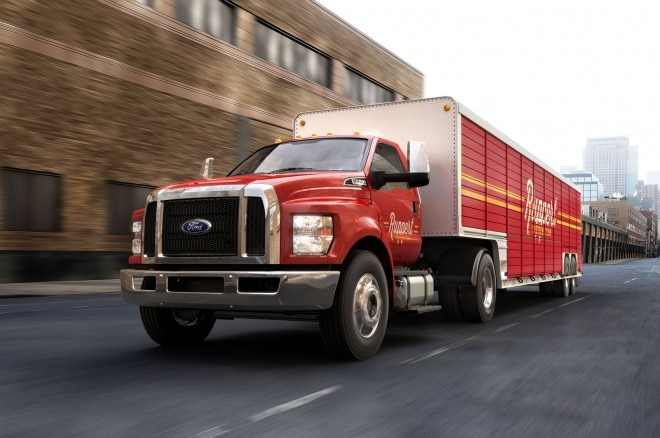 2016 Ford F 750 Beverage Truck 660x438