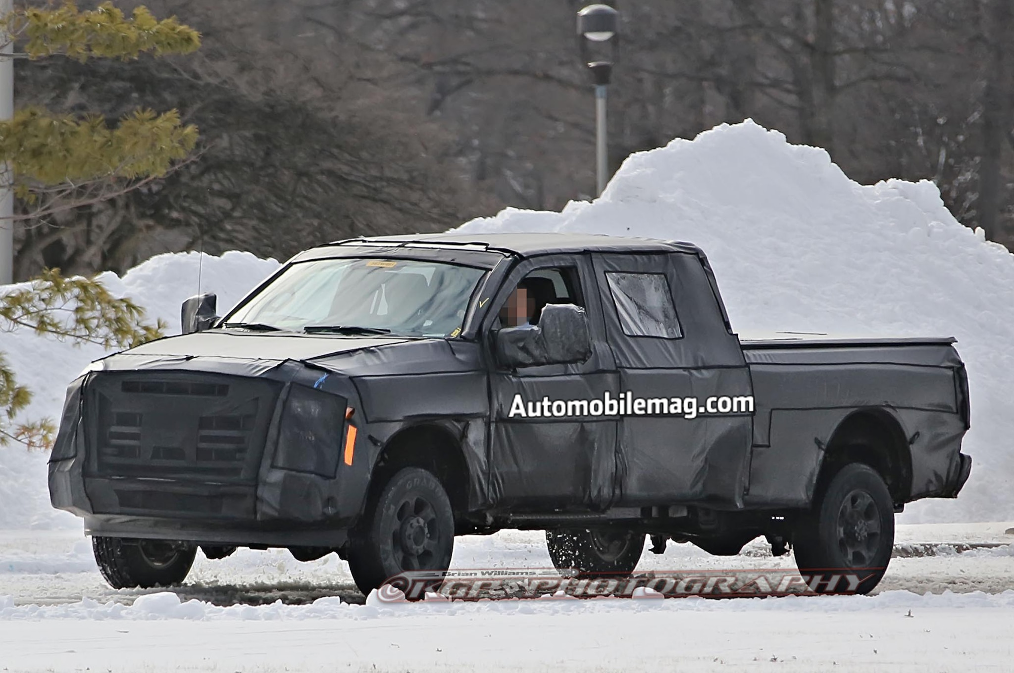 2017 Ford Super Duty Spied Front Three Quarter 41