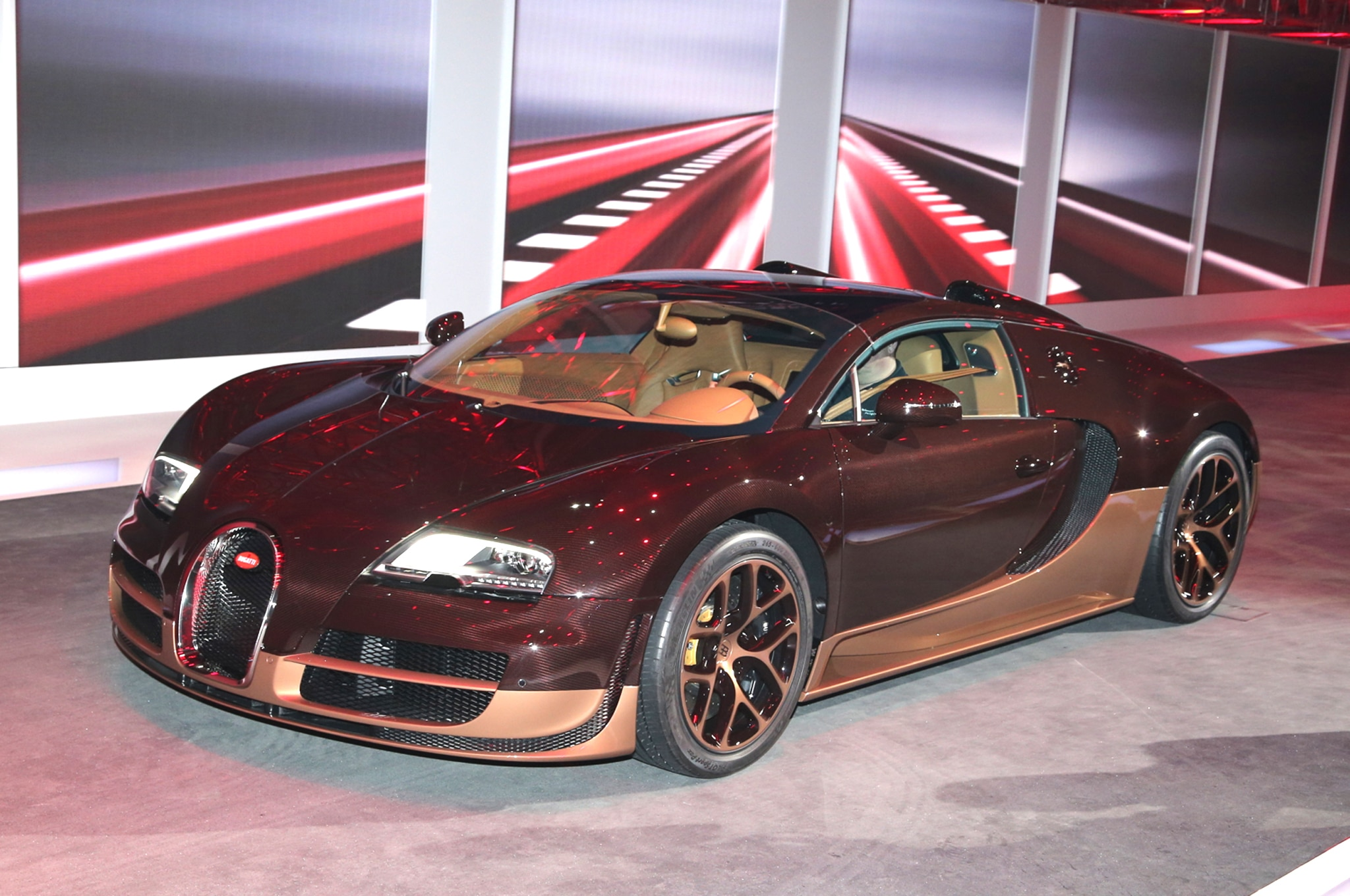 Bugatti Veyron Grand Sport Vitesse Legends Rembrandt Front Three Quarters1