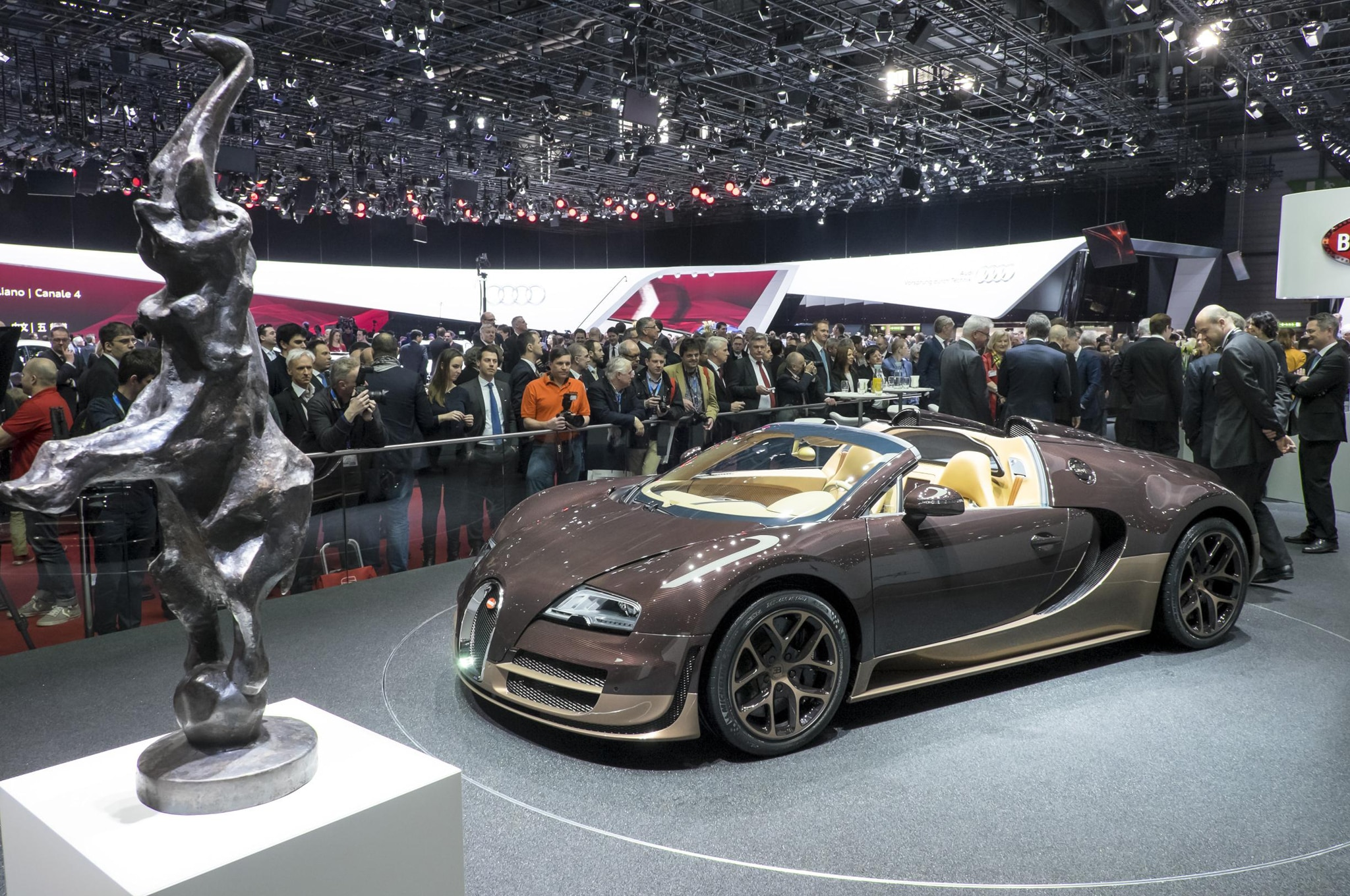 Bugatti-Veyron-Grand-Sport-Vitesse-Legends-Rembrandt-side Cozy Bugatti Veyron Rembrandt Edition Price Cars Trend