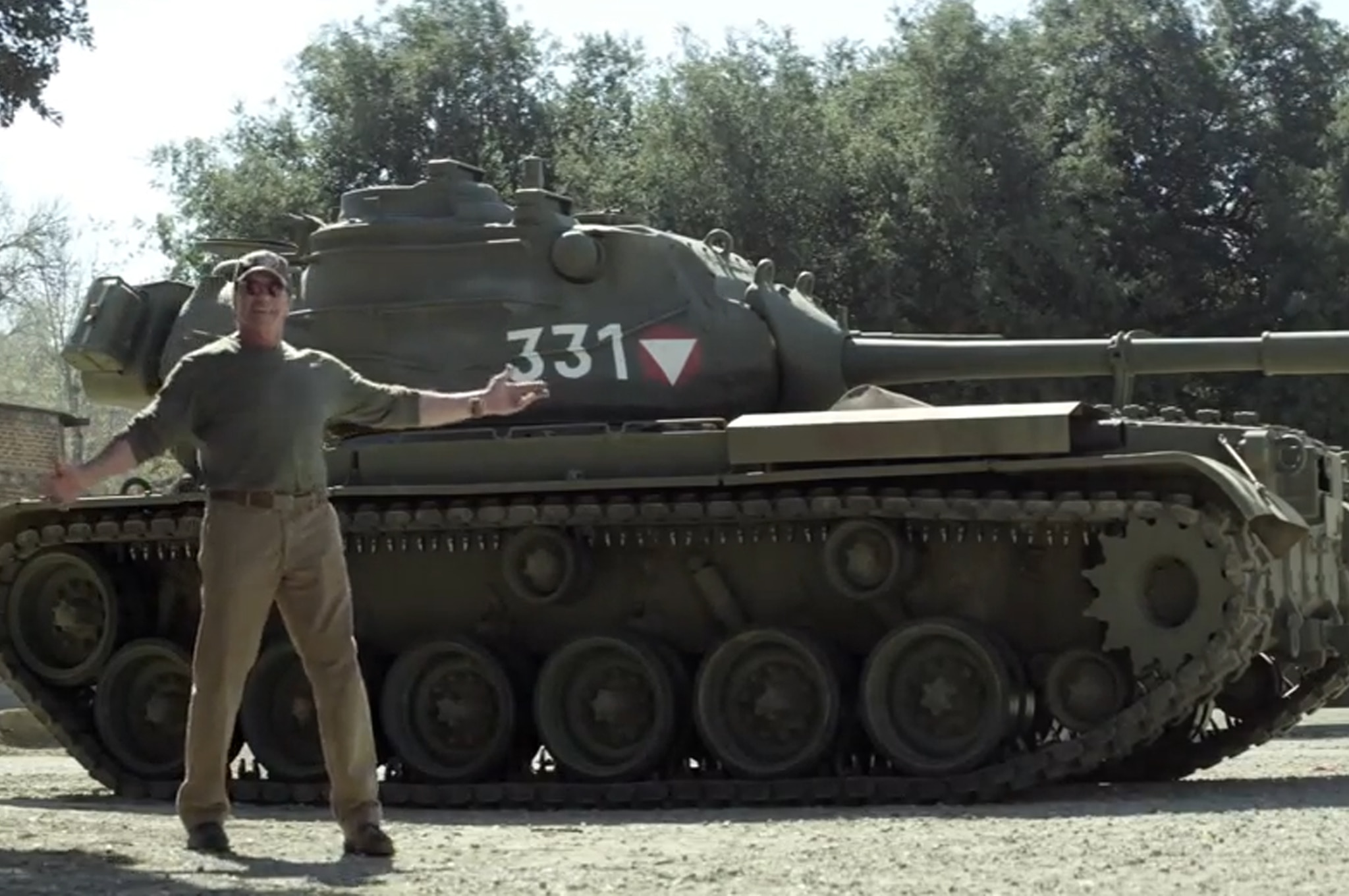 Arnold Schwarzenegger Tank Video